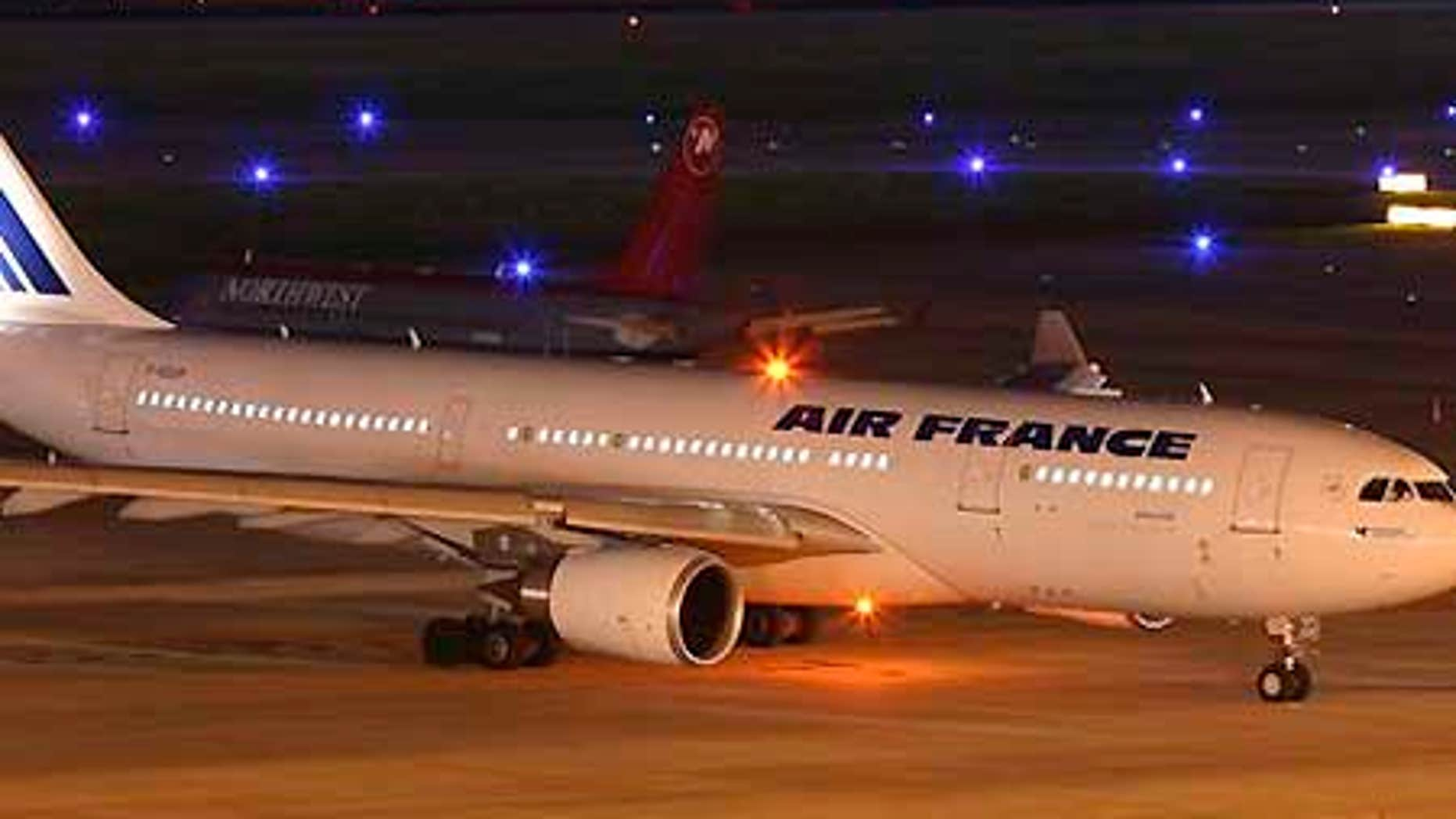 Undated photo taken at Houston's George Bush International Airport shows the Air France Airbus 330-200, the same model that plunged into the Atlantic on June 1.