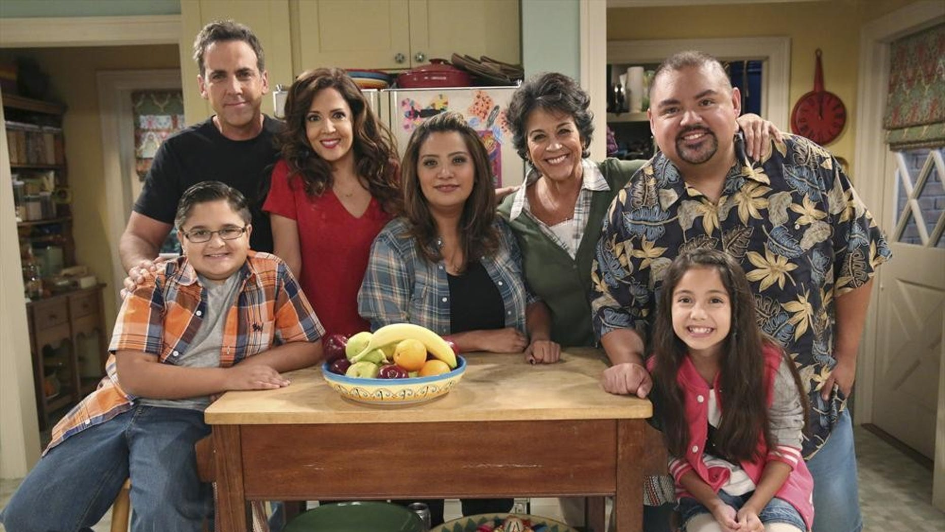 """CRISTELA - """"Equal Pay"""" - Cristela is frustrated when Trent asks her to work on a case that supports unequal pay for women in the workplace. Meanwhile, Cristela finds some satisfaction when she learns that Daniela has been making more money than Felix for years...which she has kept as a secret...and Cristela is thus drawn into an emotional argument at home, on """"Cristela,"""" FRIDAY, OCTOBER 24 (8:31-9:00 p.m., ET), on the ABC Television Network. (ABC/Adam Taylor)JACOB GUENTHER, CARLOS PONCE, MARIA CANALS-BARRERA, CRISTELA ALONZO, TERRI HOYOS, GABRIEL IGLESIAS, ISABELLA DAY"""