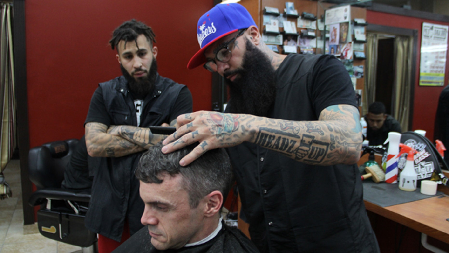A Cut Above Meet Mlbs Only In House Barber The Miami Marlins
