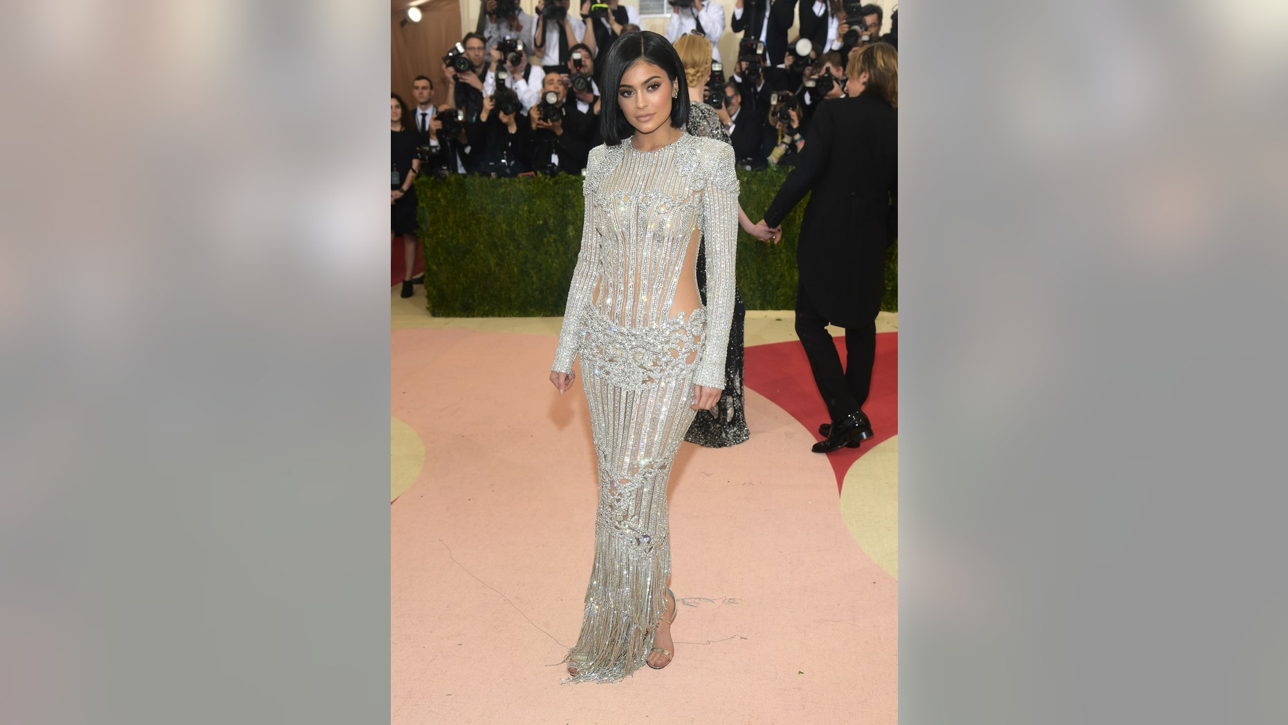 """Kylie Jenner arrives at The Metropolitan Museum of Art Costume Institute Benefit Gala, celebrating the opening of """"Manus x Machina: Fashion in an Age of Technology"""" on Monday, May 2, 2016, in New York."""