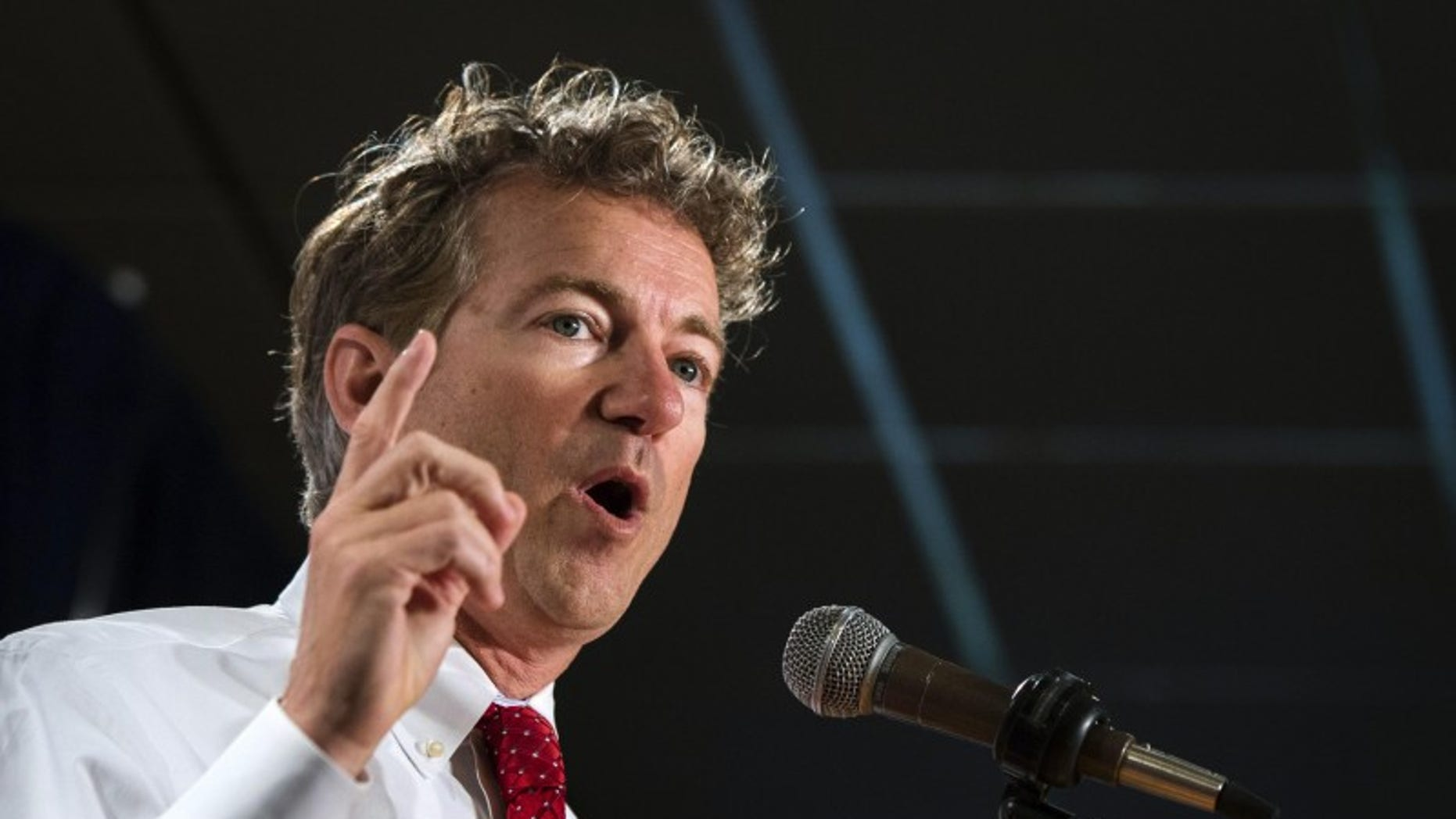 Republican Kentucky Sen. Rand Paul speaks during the inaugural Freedom Summit meeting for conservative speakers in Manchester, N.H., April 12, 2014. (REUTERS/Lucas Jackson)