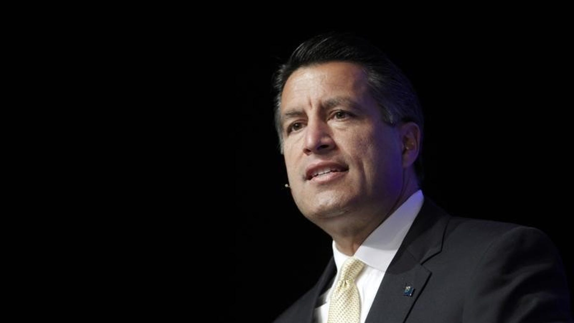Nevada Governor Brian Sandoval gives a welcoming address at the Skybridge Alternatives (SALT) Conference in Las Vegas, Nevada May 9, 2012. REUTERS/STEVE MARCUS