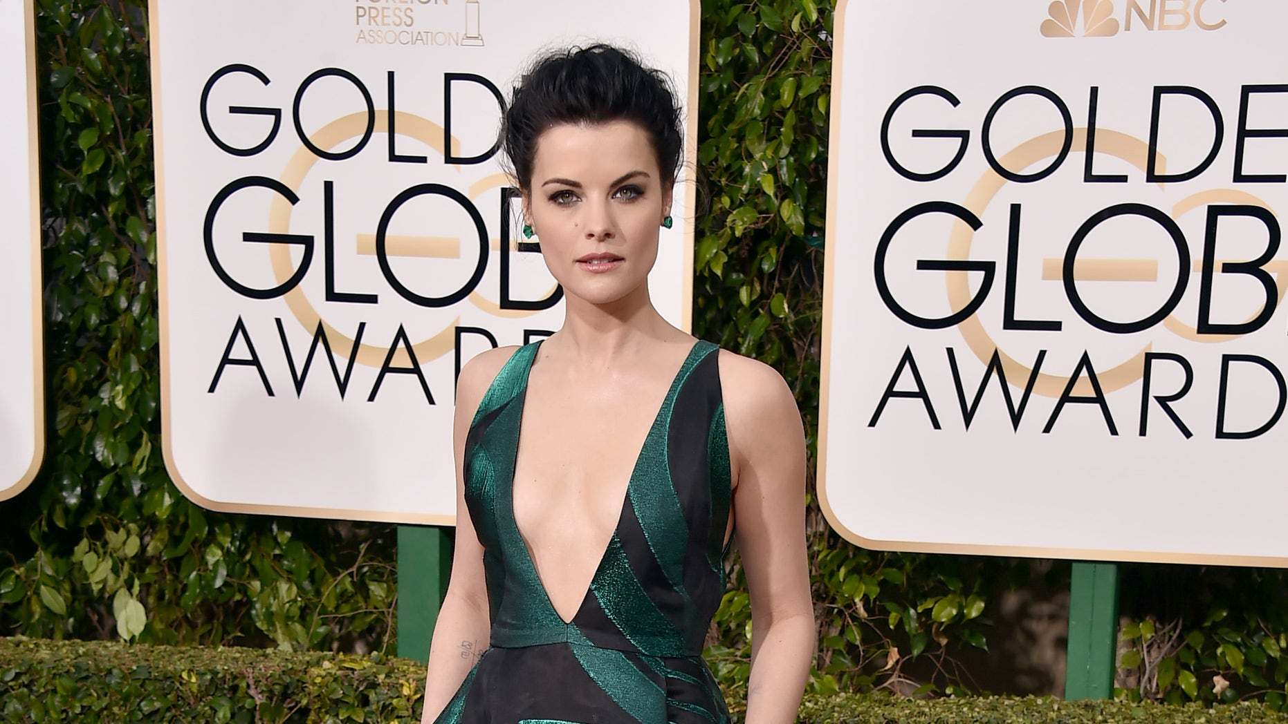 Jaimie Alexander arrives at the 73rd annual Golden Globe Awards on Sunday, Jan. 10, 2016, at the Beverly Hilton Hotel in Beverly Hills, Calif. (Photo by Jordan Strauss/Invision/AP)