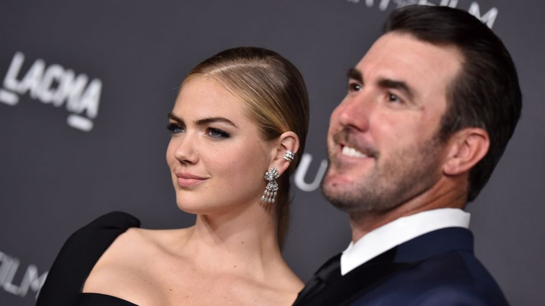 LOS ANGELES, CA - OCTOBER 29: Model Kate Upton (L) and MLB player Justin Verlander attend the 2016 LACMA Art + Film Gala honoring Robert Irwin and Kathryn Bigelow presented by Gucci at LACMA on October 29, 2016 in Los Angeles, California. (Photo by Axelle/Bauer-Griffin/FilmMagic)