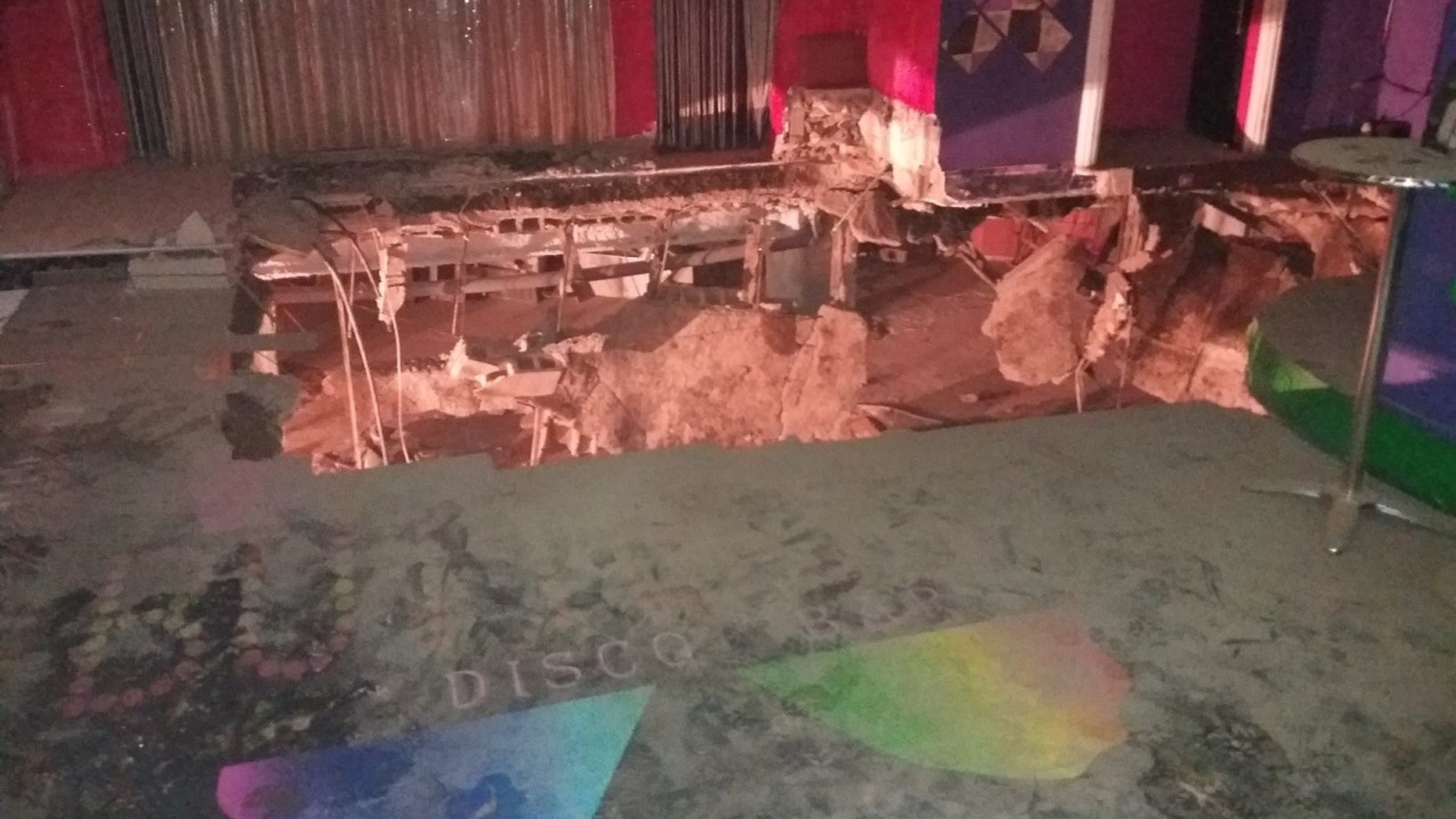 Twenty-two people were injured when the dancefloor of a nightclub in Tenerife collapsed early Sunday morning.