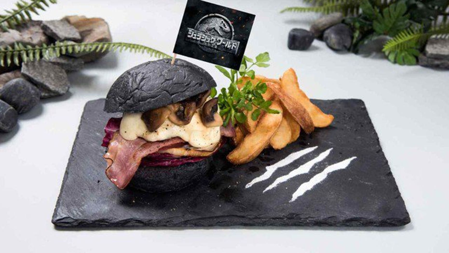 The plate of the Jurassic Burger even looks as if it has been scraped by a raptor.