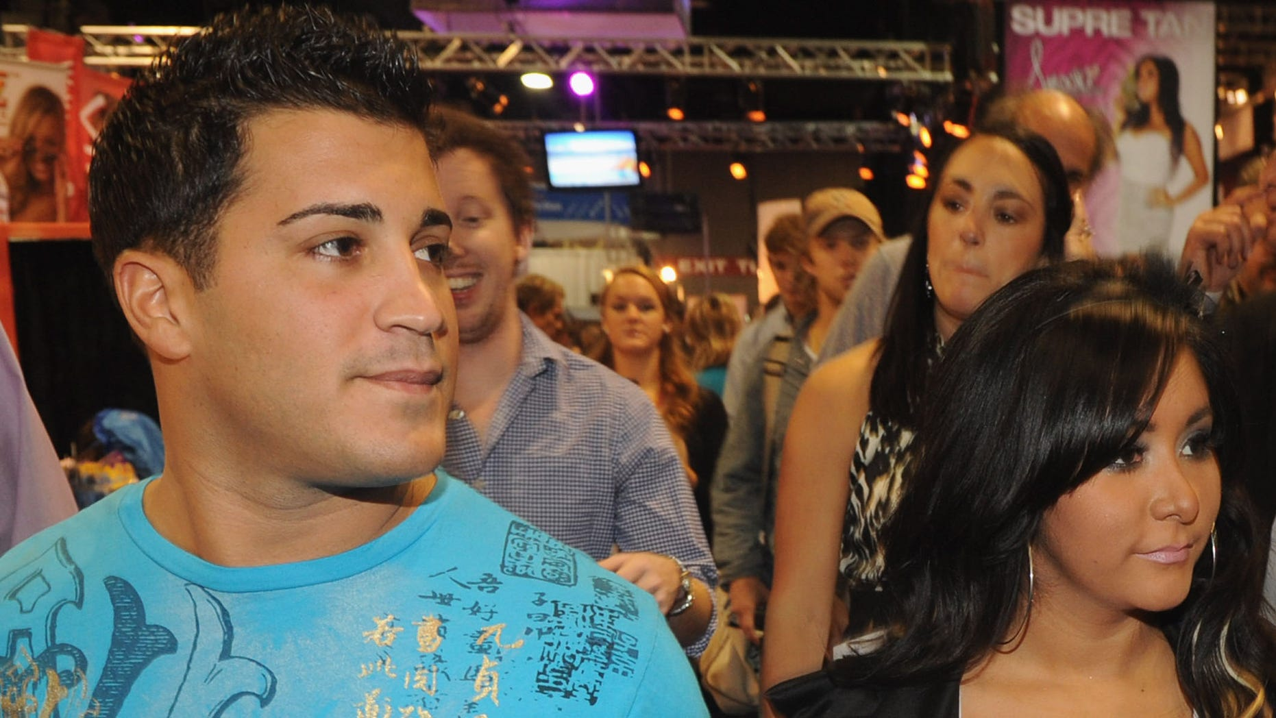 Oct. 15, 2011: Boyfriend Jionni LaValle and Snooki are seen at the Nashville Convention Center in Nashville, Tenn.