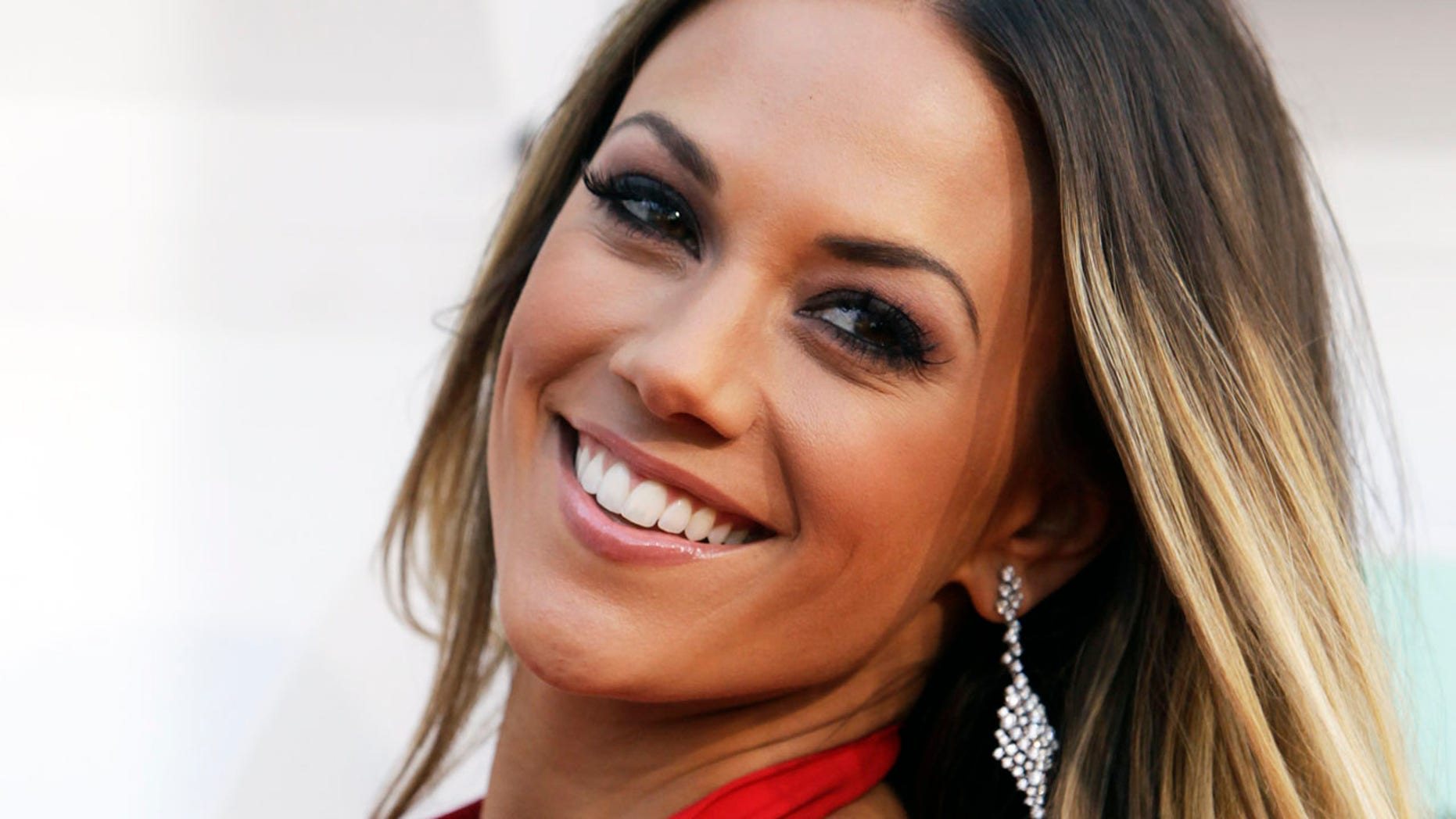 Jana Kramer announced she recently suffered a miscarriage.