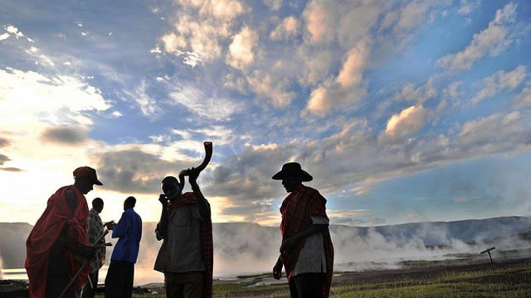 Indigenous ceremony outside Nairobi (www.daylife.com)