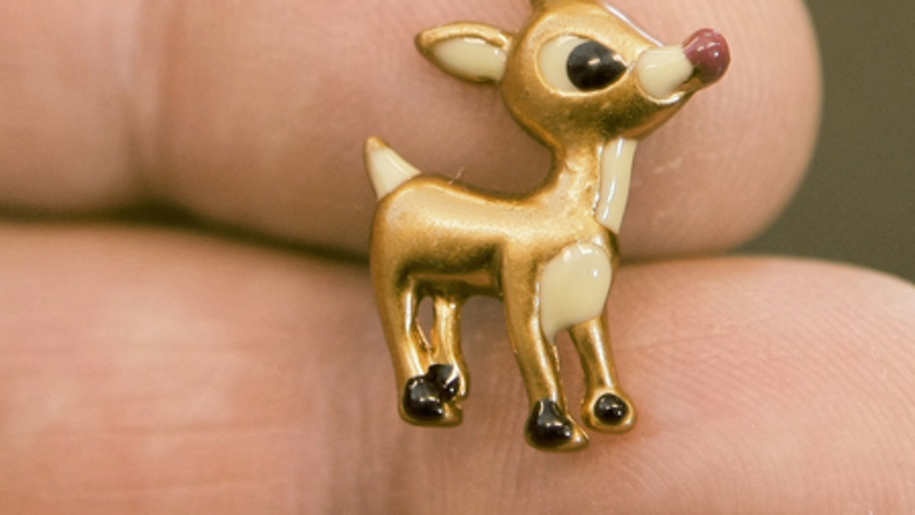 A Rudolph charm, which contains the heavy metal cadmium.