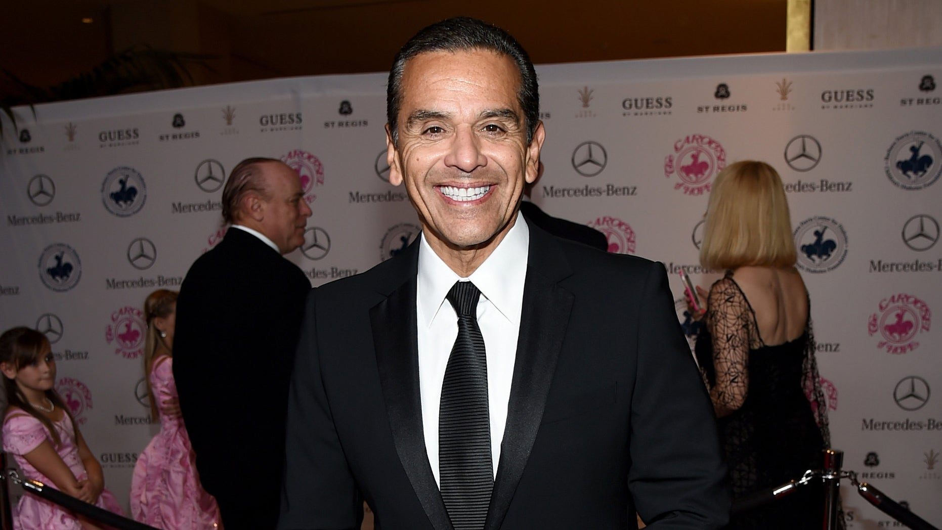 BEVERLY HILLS, CA - OCTOBER 11:  Former Los Angeles Mayor Antonio Villaraigosa attends the 2014 Carousel of Hope Ball presented by Mercedes-Benz at The Beverly Hilton Hotel on October 11, 2014 in Beverly Hills, California.  (Photo by Michael Buckner/Getty Images)