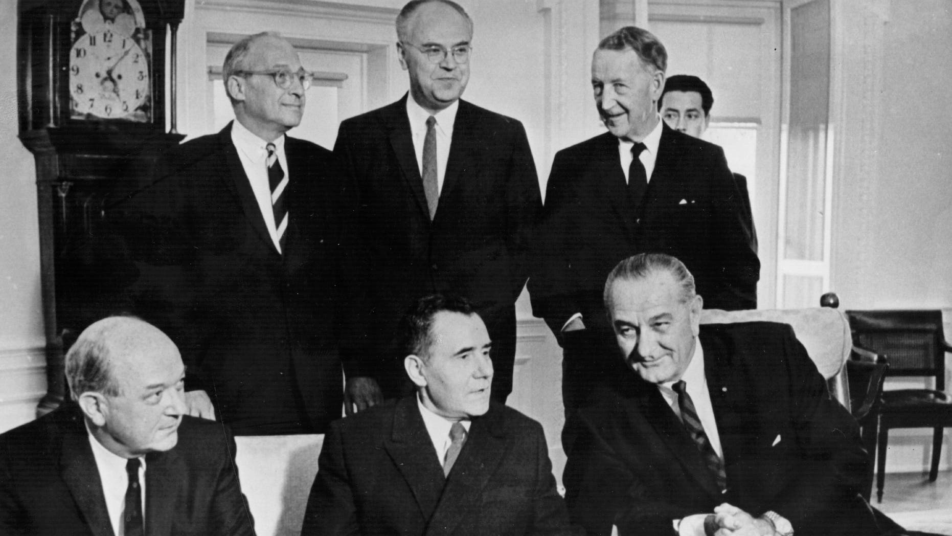 Lyndon Baines Johnson (1908 - 1973) 36th President of America seen here in the White House, with Secretary of State Dean Rusk (1909 - 1994), Russian Soviet foreign minister Andrei A. Gromyko (1909 - 1989), National Security Advisor Walt Rostow (1916 - 2003), Soviet ambassador Anatoly Dobrynin, and Llewellyn E. Thompson (1904 - 1972), October 13, 1966.  (Photo by Central Press/Getty Images)