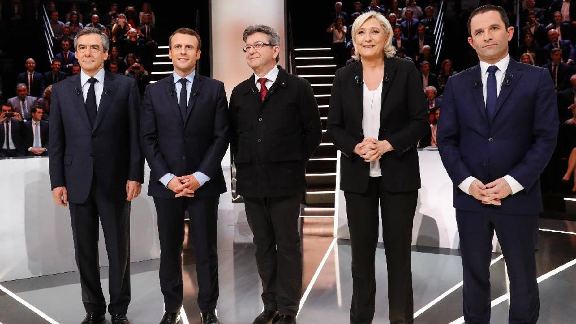 From left to right: conservative candidate Francois Fillon, independent centrist candidate Emmanuel Macron, far-left candidate Jean-Luc Melenchon, far-right candidate Marine Le Pen and socialist candidate Benoit Hamon.