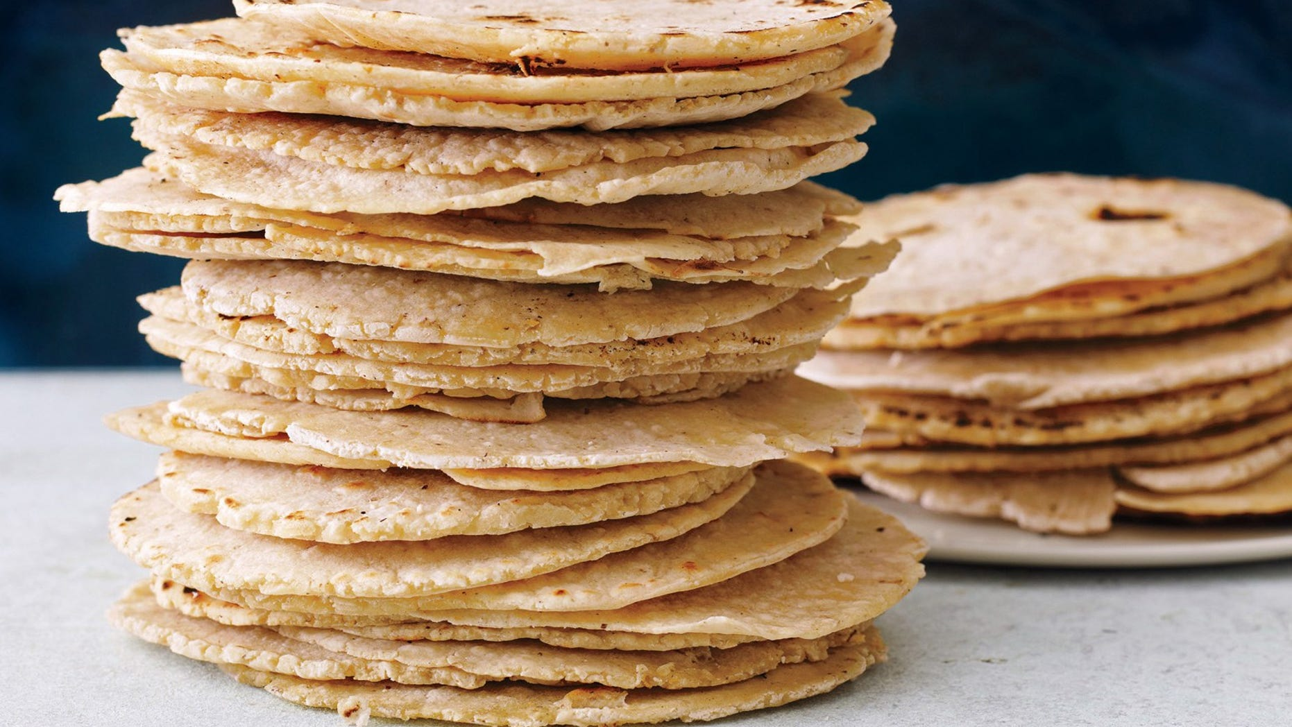 What's the real deal with corn versus flour tortillas?