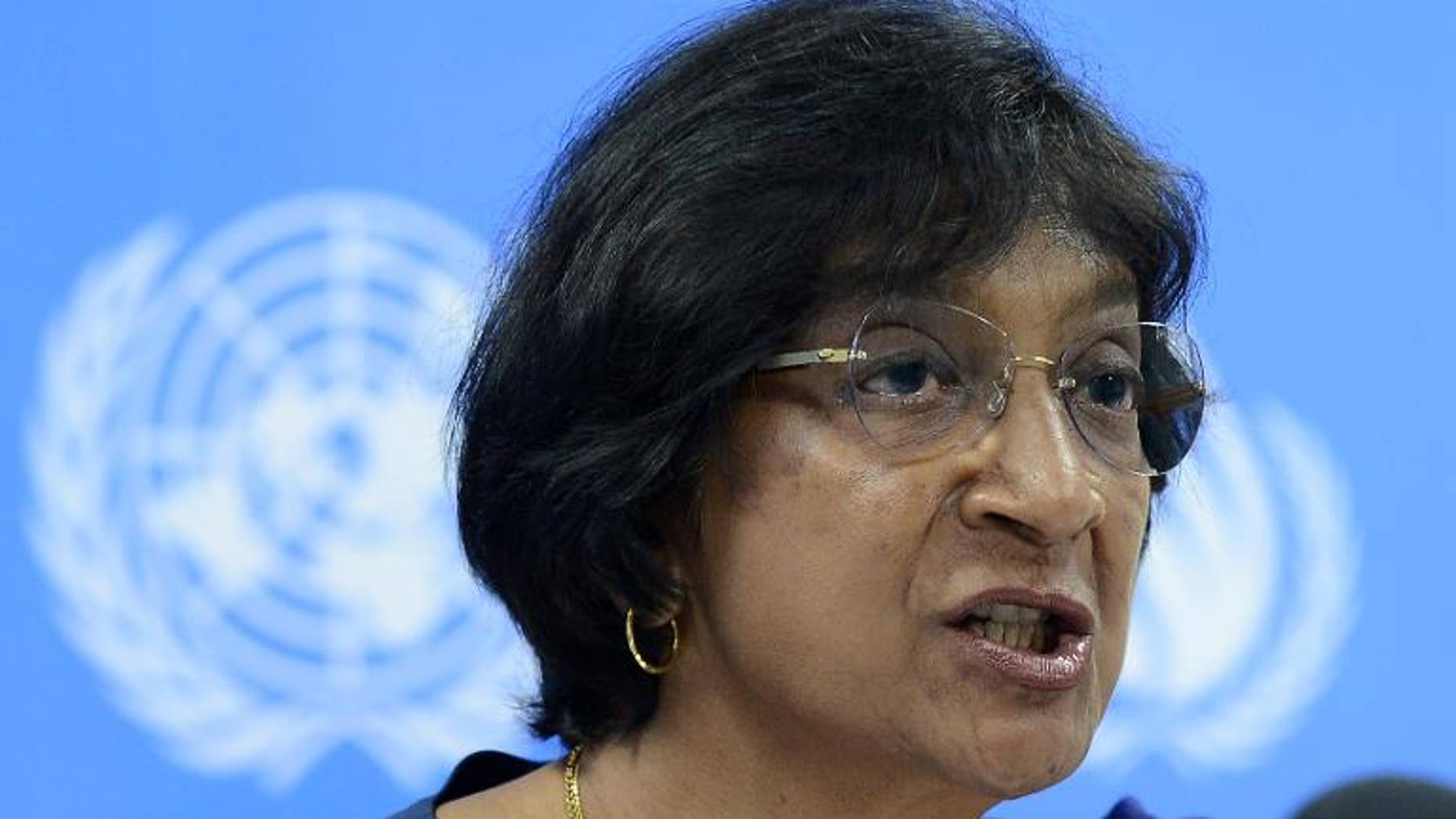 UN human rights chief Navi Pillay addresses a press conference in Colombo on August 31, 2013.