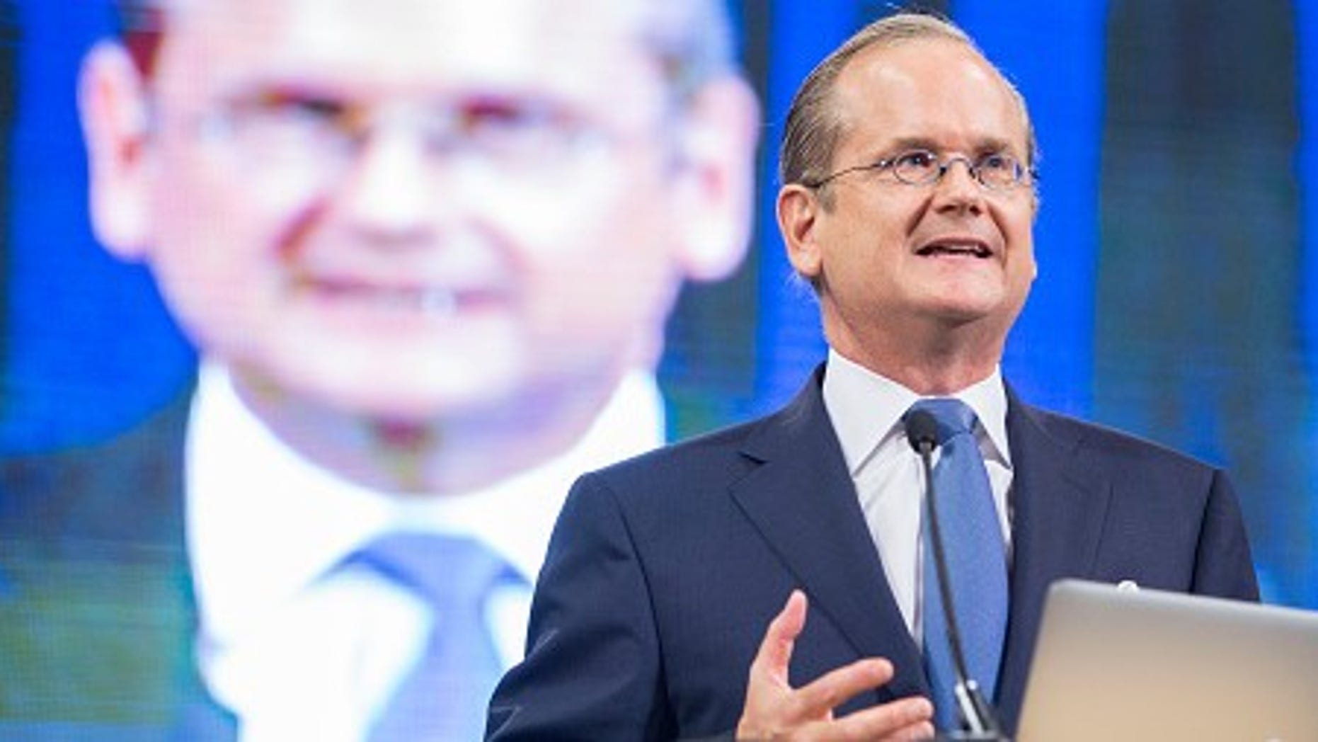 MANCHESTER, NH - SEPTEMBER 19:  Democratic presidential candidate Lawrence Lessig speaks on stage at the New Hampshire Democratic Party State Convention on September 19, 2015 in Manchester, New Hampshire. Five Democratic presidential candidates are all expected to address the crowd inside the Verizon Wireless Arena.  (Photo by Scott Eisen/Getty Images)
