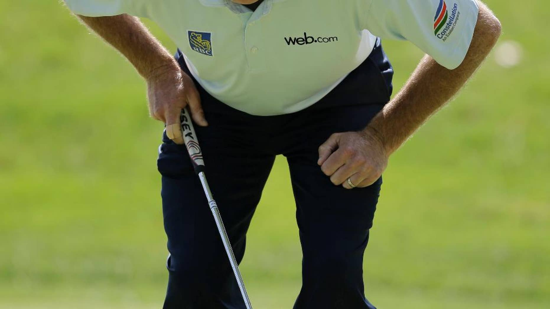 Jim Furyk lines up the putt on the 11th hole during the second round of the Bridgestone Invitational golf tournament at Firestone Country Club, Friday, Aug. 7, 2015, in Akron, Ohio. (AP Photo/Tony Dejak)