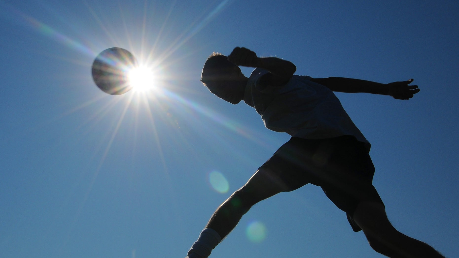 Playing sports in hot, steamy weather is safe for healthy children and teen athletes, so long as precautions are taken and the drive to win doesn't trump common sense, the nation's largest pediatricians group said Monday, Aug. 8, 2011.