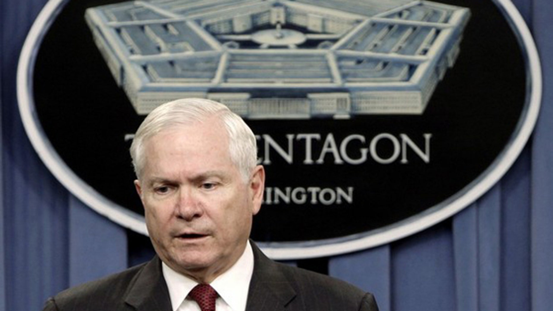 Secretary of Defense Robert Gates speaks at a briefing on the new Nuclear Posture Review at the Pentagon in Washington April 6. (Reuters Photo)