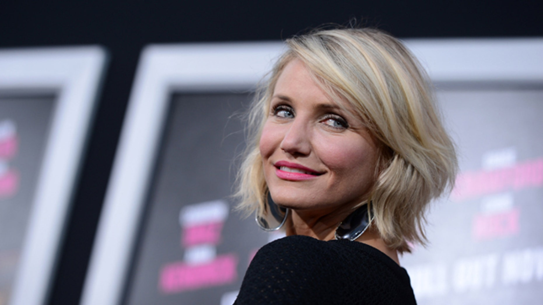 """HOLLYWOOD, CA - MAY 14:  Actress Cameron Diaz arrives at the premiere of Lionsgate's """"What To Expect When You're Expecting"""" held at Grauman's Chinese Theatre on May 14, 2012 in Hollywood, California.  (Photo by Kevin Winter/Getty Images)"""