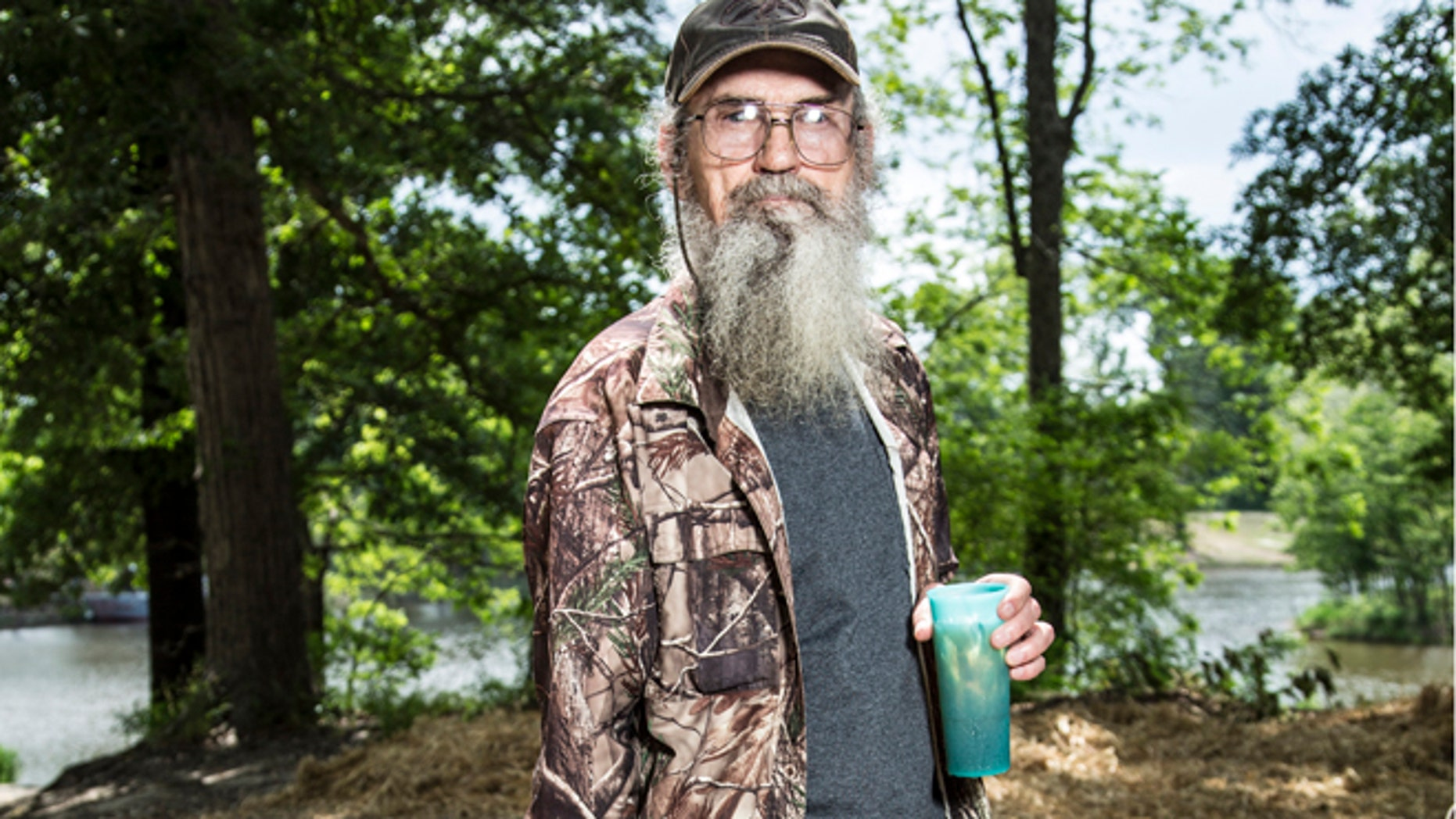 "Uncle Si appears on ""Duck Dynasty."""
