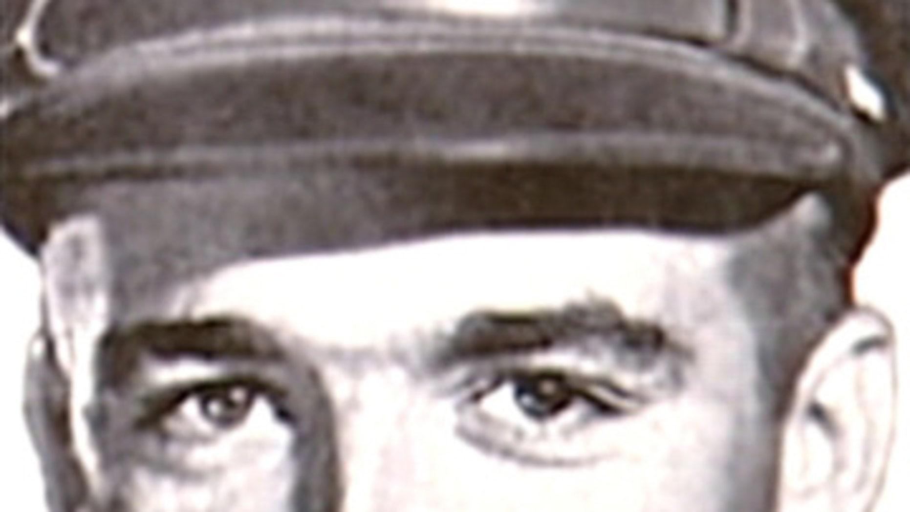 Fallen World War II airman, 2nd Lt. Robert R. Streckenbach Jr.