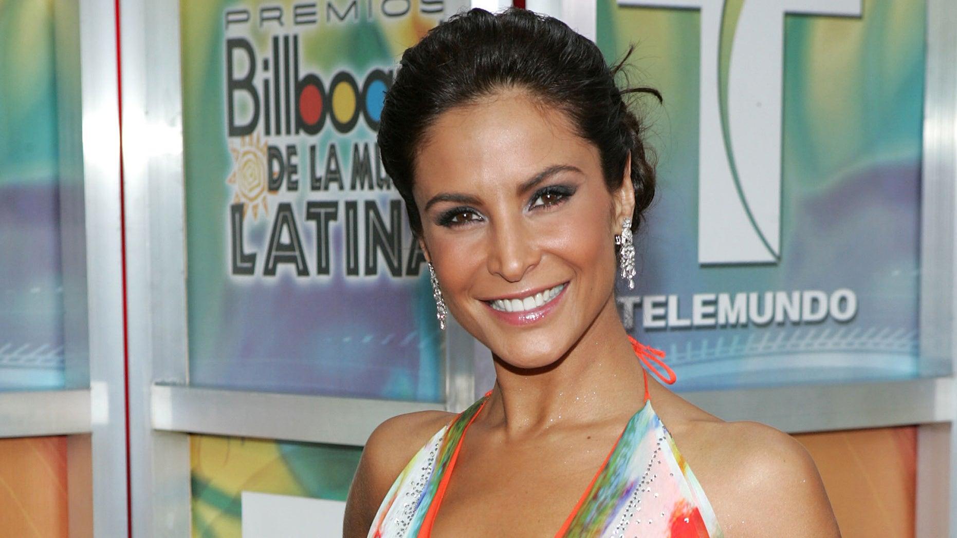 Lorena Rojas arrives at the 2005 Billboard Latin Music Awards on April 28, 2005 in Miami, Florida.