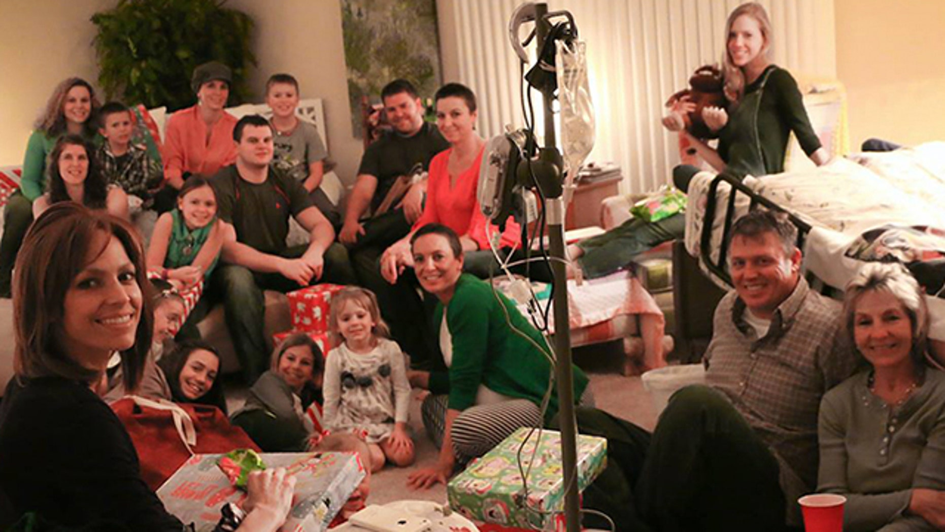 December 25, 2015. Joey Feeks surrounded by family on Christmas.
