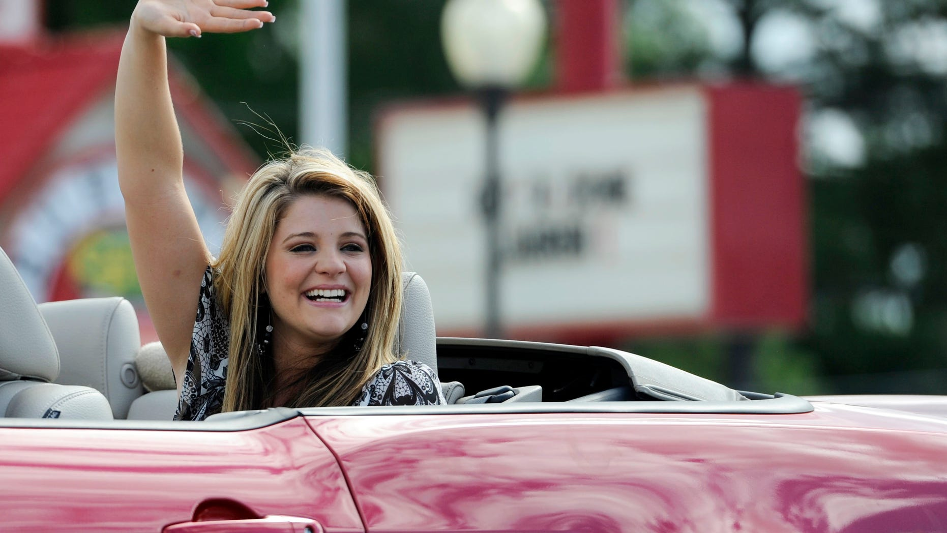 Lauren Alaina (AP/Chattanooga Times Free Press)