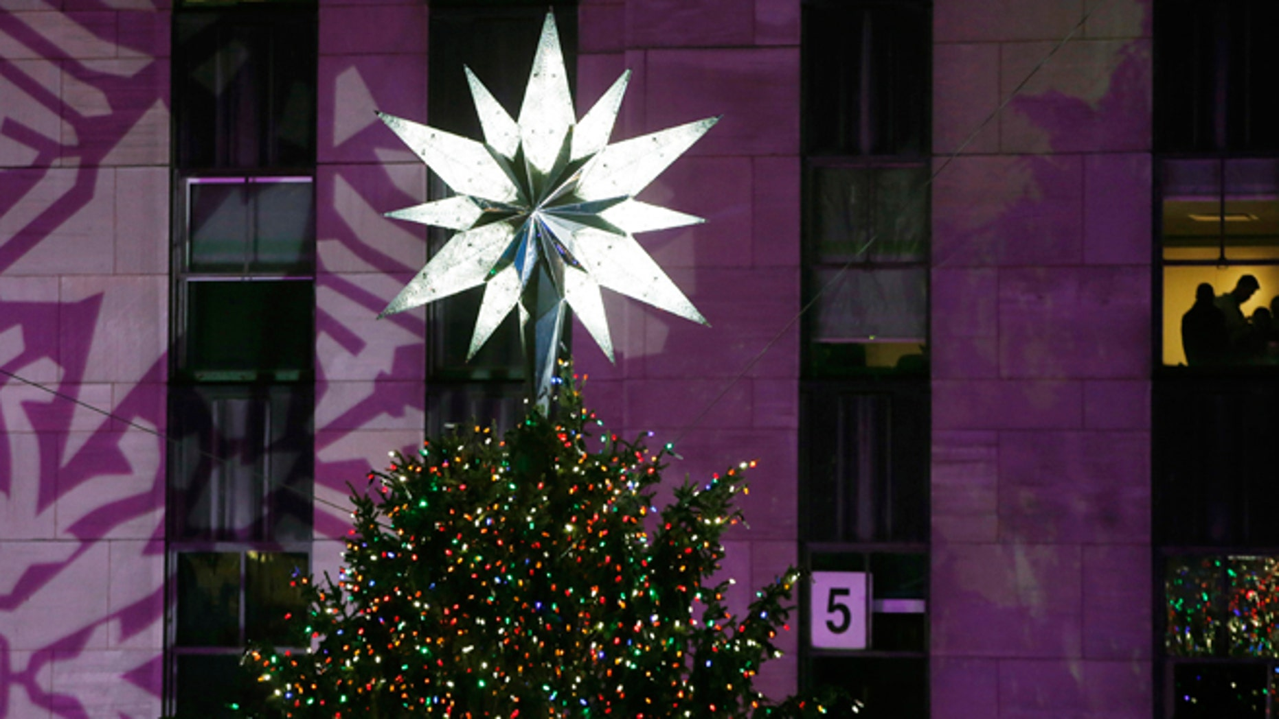 School Bans Christmas Trees The Colors Red Green Fox News