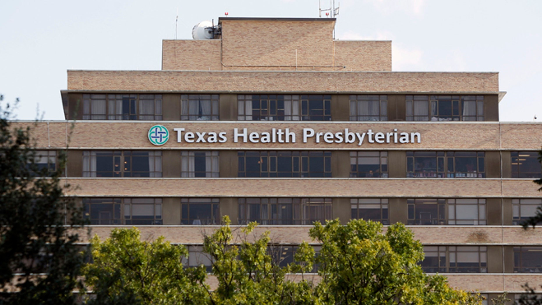 A general view of the Texas Health Presbyterian Hospital in Dallas, Texas September 30, 2014. U.S. health officials said on Tuesday the first patient infected with the deadly Ebola virus had been diagnosed in the country after flying from Liberia to Texas, in a new sign of how the outbreak ravaging West Africa can spread globally. The patient sought treatment six days after arriving in Texas on Sept. 20, Dr. Thomas Frieden, director of the U.S. Centers for Disease Control and Prevention (CDC), told reporters on Tuesday. He was admitted two days later to an isolation room at Texas Health Presbyterian Hospital in Dallas.  REUTERS/Brandon Wade