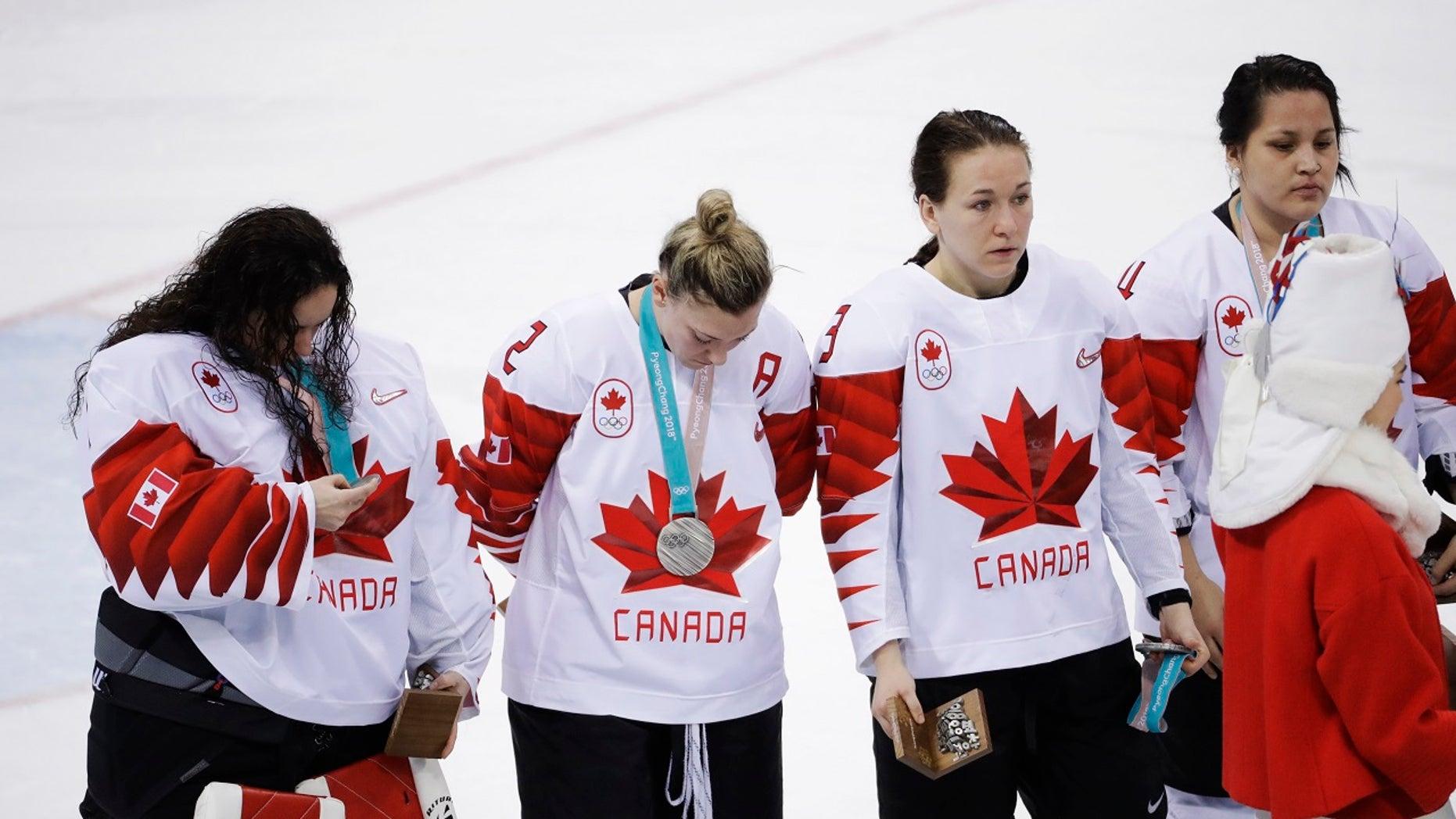 The Canadian women's hockey won the silver medal, after losing the the United States in the championship game on Thursday.