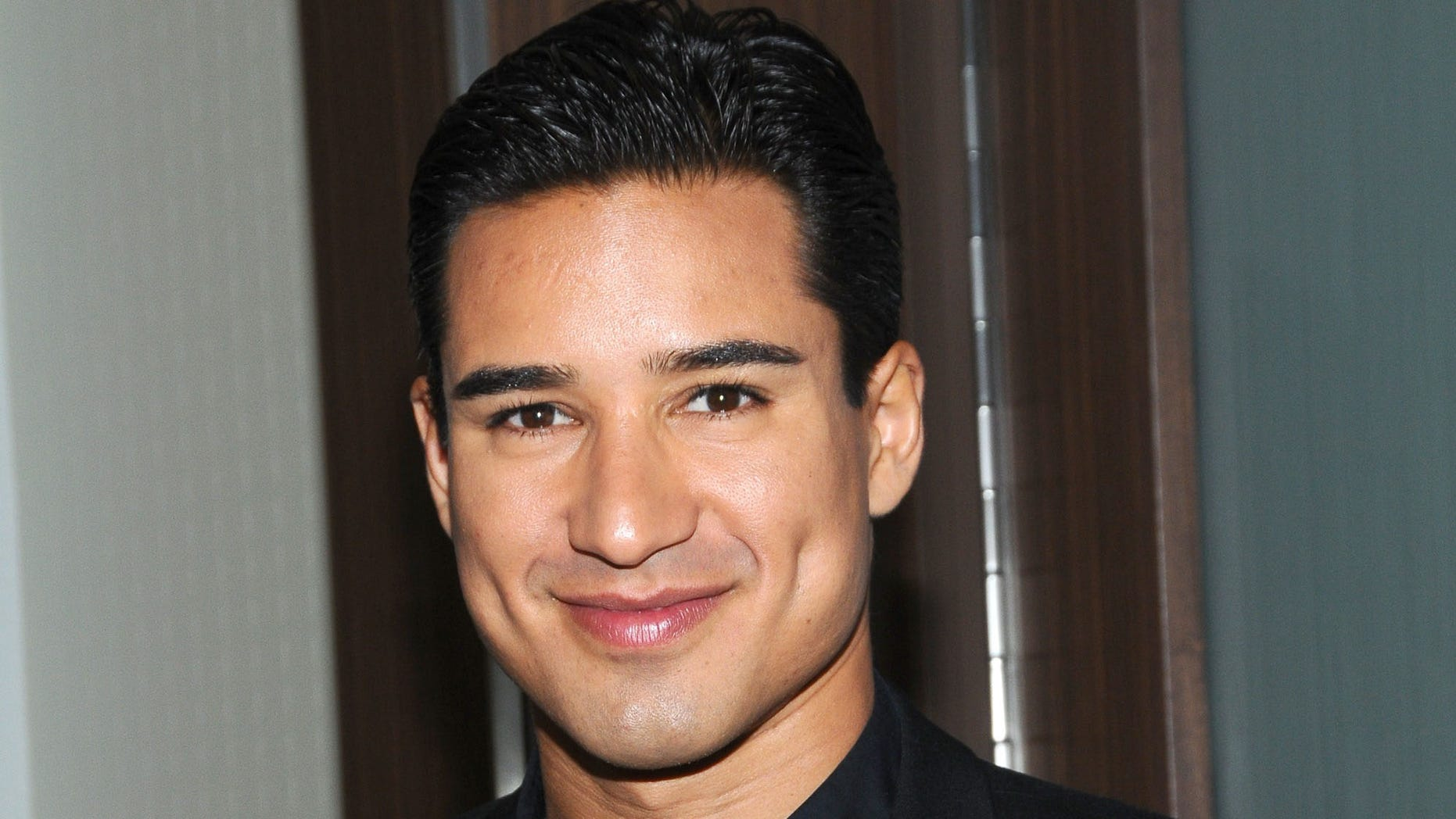 SAN FRANCISCO, CA - JUNE 02: Mario Lopez arrives at the 23rd Annual GLAAD Media Awards at San Francisco Marriott Marquis on June 2, 2012 in San Francisco, California. (Photo by Araya Diaz/Getty Images for GLAAD)