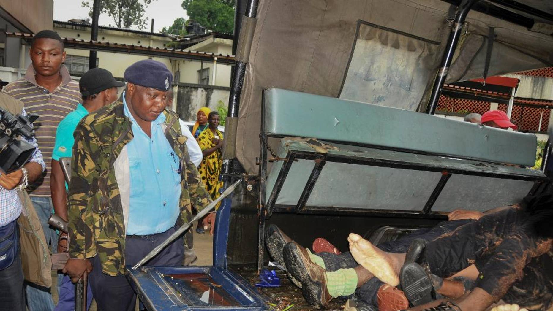 Kenya troops kills 6 attackers with machetes; separate ...