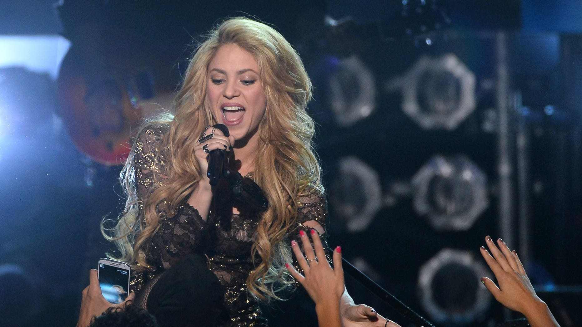 Singer Shakira performs during the 2014 Billboard Music Awards at the MGM Grand Garden Arena on May 18, 2014 in Las Vegas, Nevada.