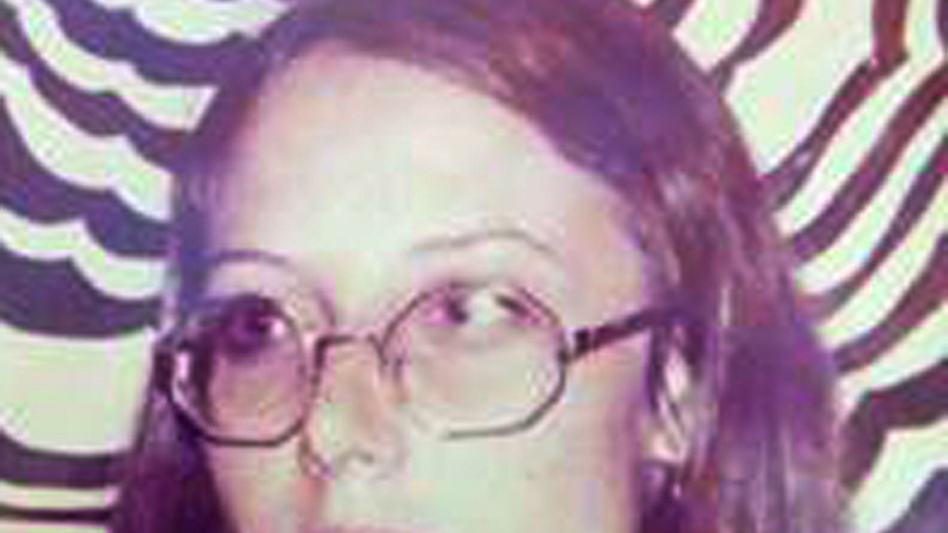 """FILE - In this 1973 photo provided by Judith Cabanillas is her sister, Mary Jayne Jones, a year before the 17-year-old girl was found dead in an Iowa farmhouse. A judge declared a mistrial Friday, Jan. 30, 2014 after jurors couldn't reach a verdict in the case against Robert """"Gene"""" Pilcher who was charged with first-degree murder in the April 9, 1974 slaying of 17-year-old Jones. (AP Photo/Courtesy Judith Cabanillas, File)"""