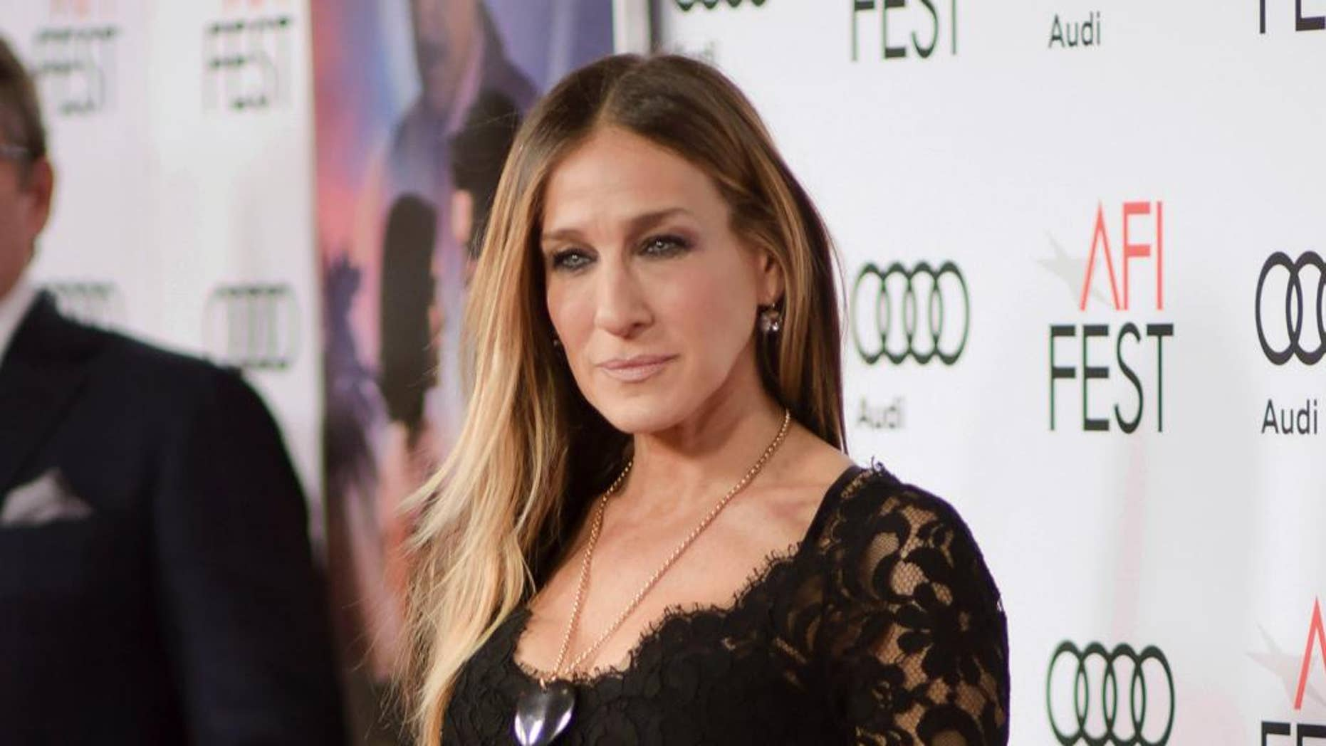 """Sarah Jessica Parker says she doesn't really """"remember what"""" the 1993 film """"Hocus Pocus"""" is about."""