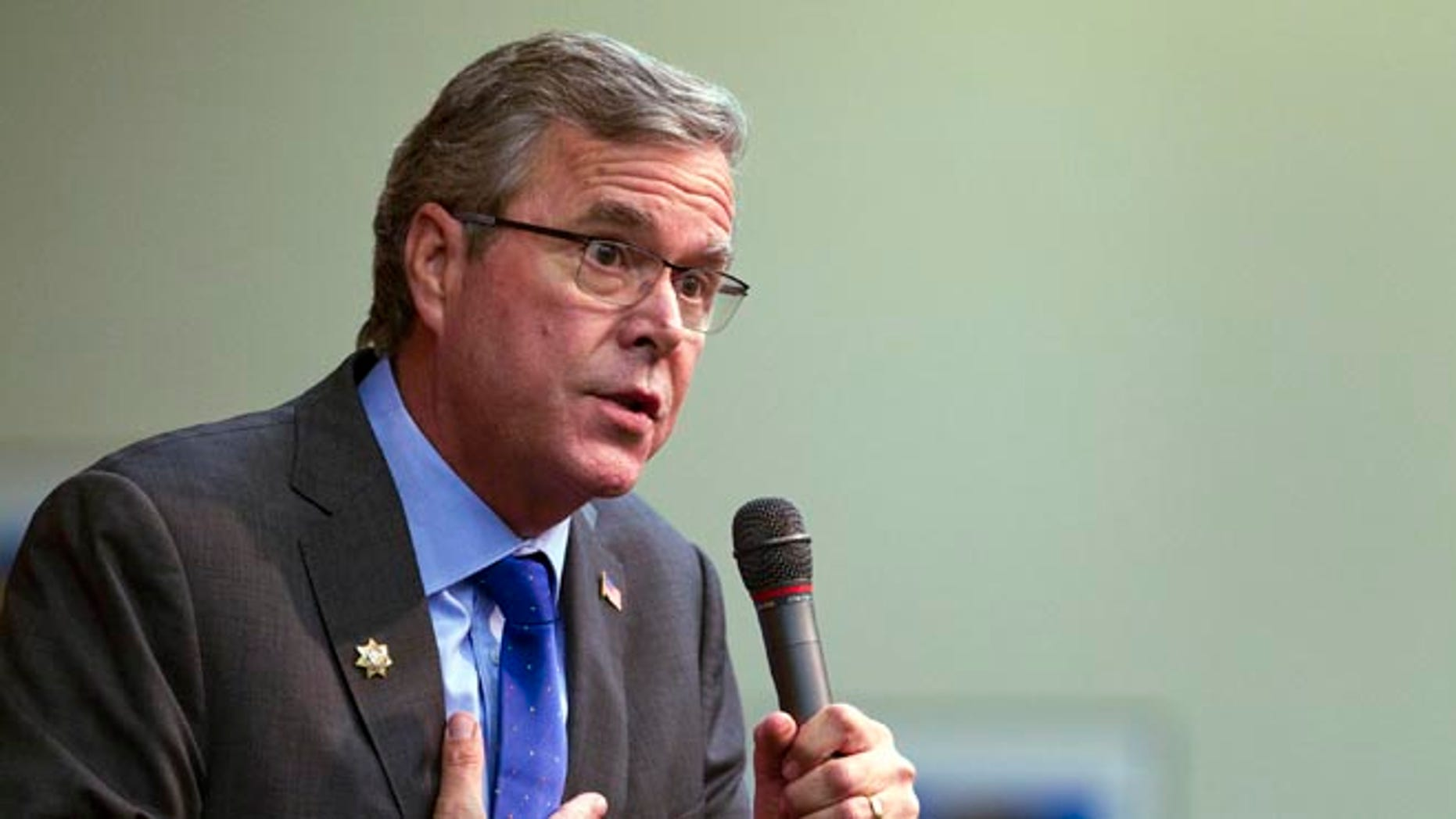 Former Florida Gov. Jeb Bush speaks during a question and answer session at the Mountain Shadows Community Center in Las Vegas Monday, March 2, 2015. Bush distanced himself from his family on Monday as he courted senior citizens in Nevada, the first stop in a national tour aimed at key states on the presidential primary calendar. (AP Photo/Las Vegas Sun, Steve Marcus)