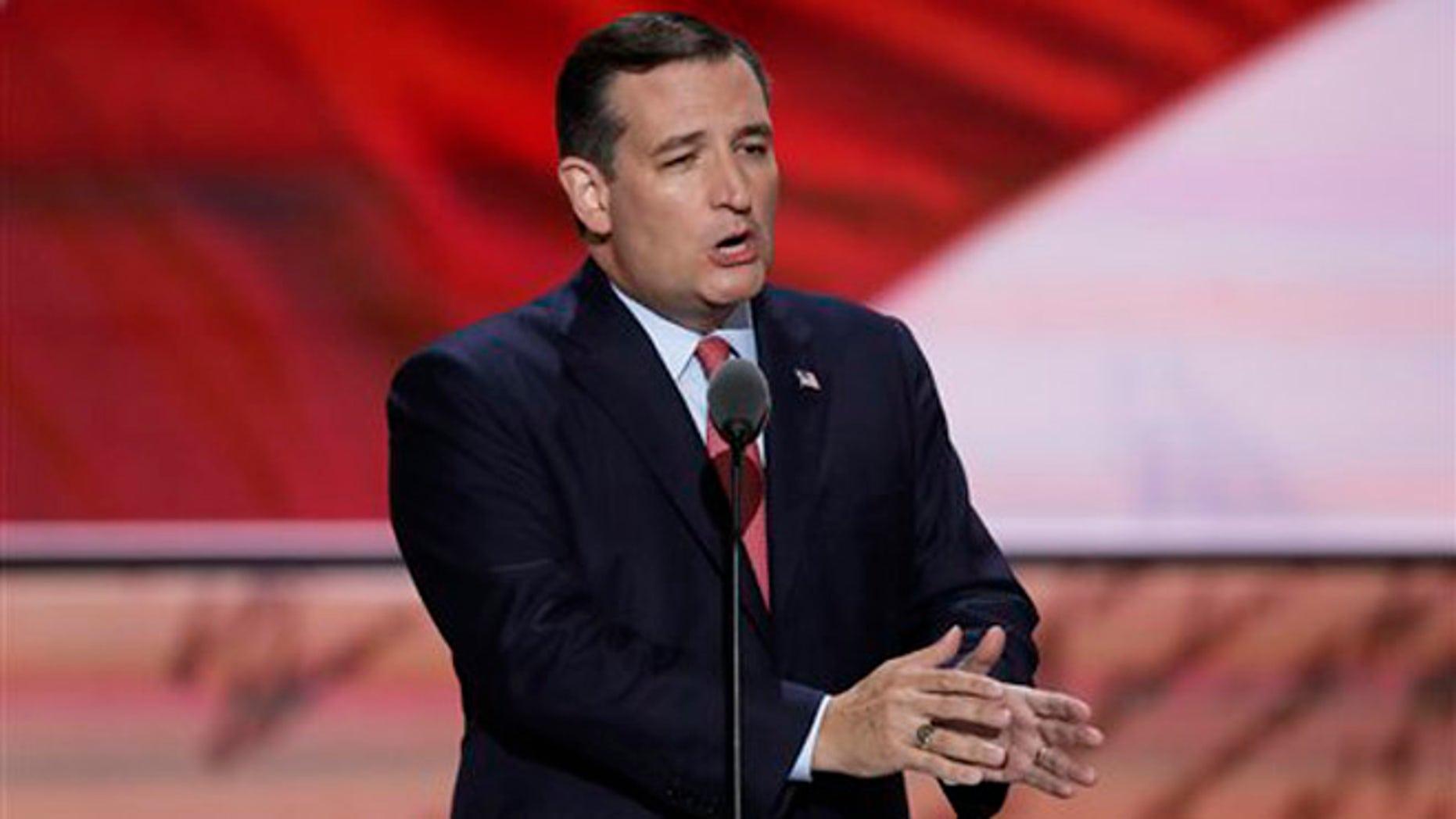 El senador republicano Ted Cruz, de Texas, habla durante el tercer día de la Convención Nacional Republicana en Cleveland, el miércoles 20 de julio de 2016. (AP Foto/J. Scott Applewhite)