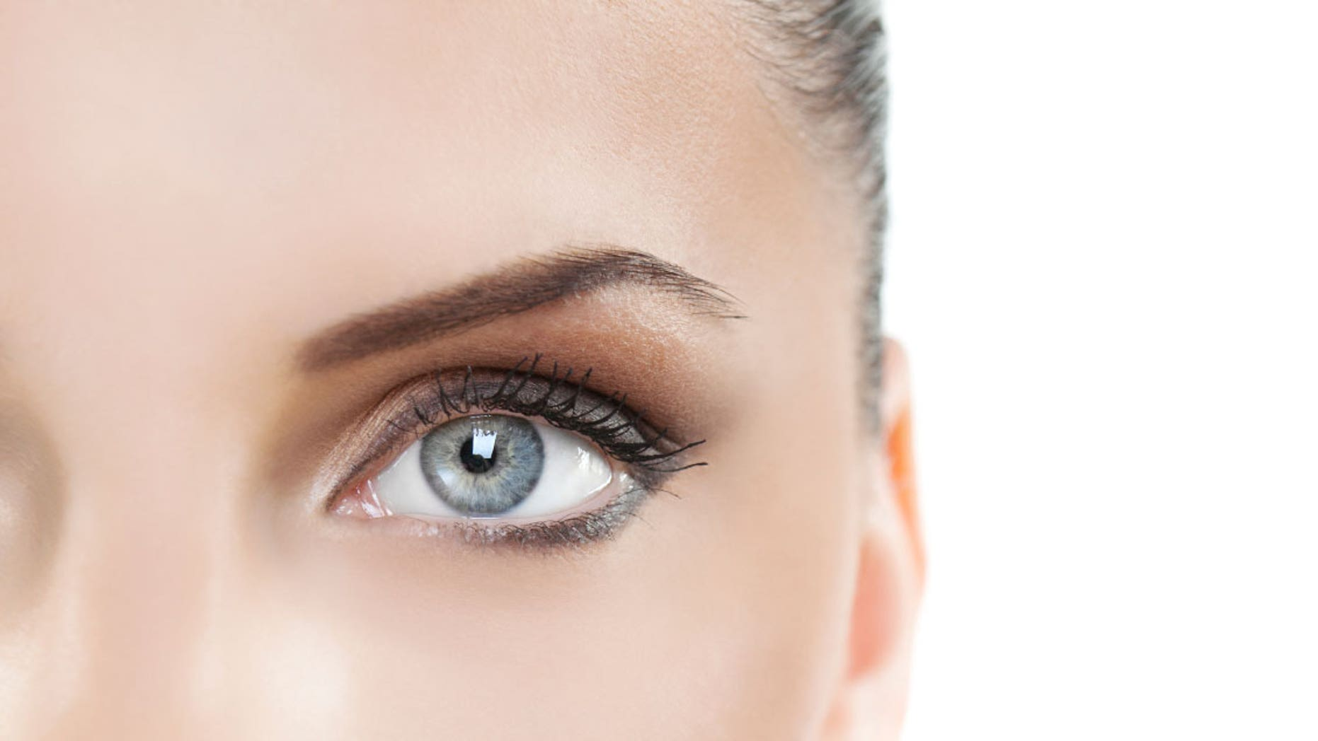 9836c5d8c81 LASIK eye surgery to correct a person s vision has been in use since the  mid-1990s