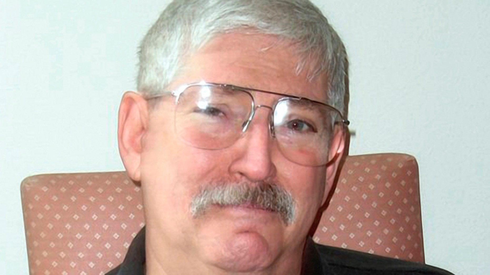 In this undated photo provided by Christine Levinson, Robert Levinson is shown.