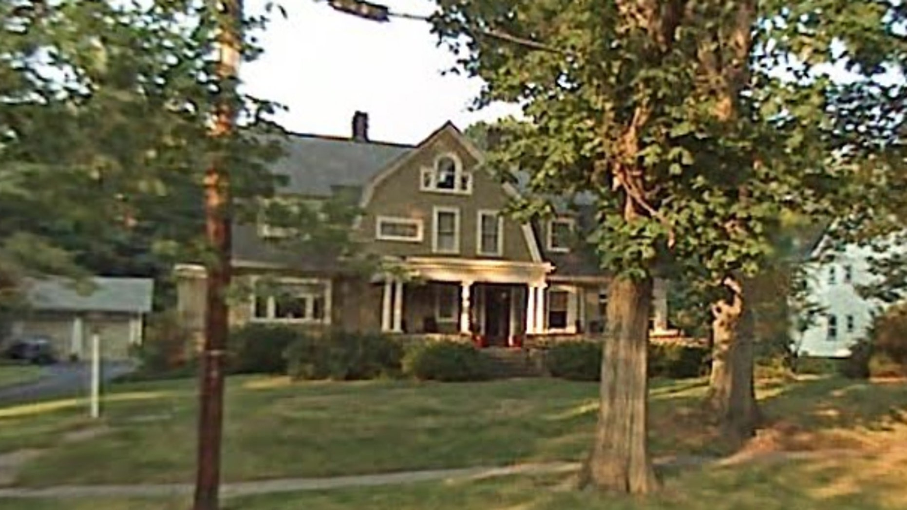 The owners of a house in New Jersey have been receiving mysterious messages.
