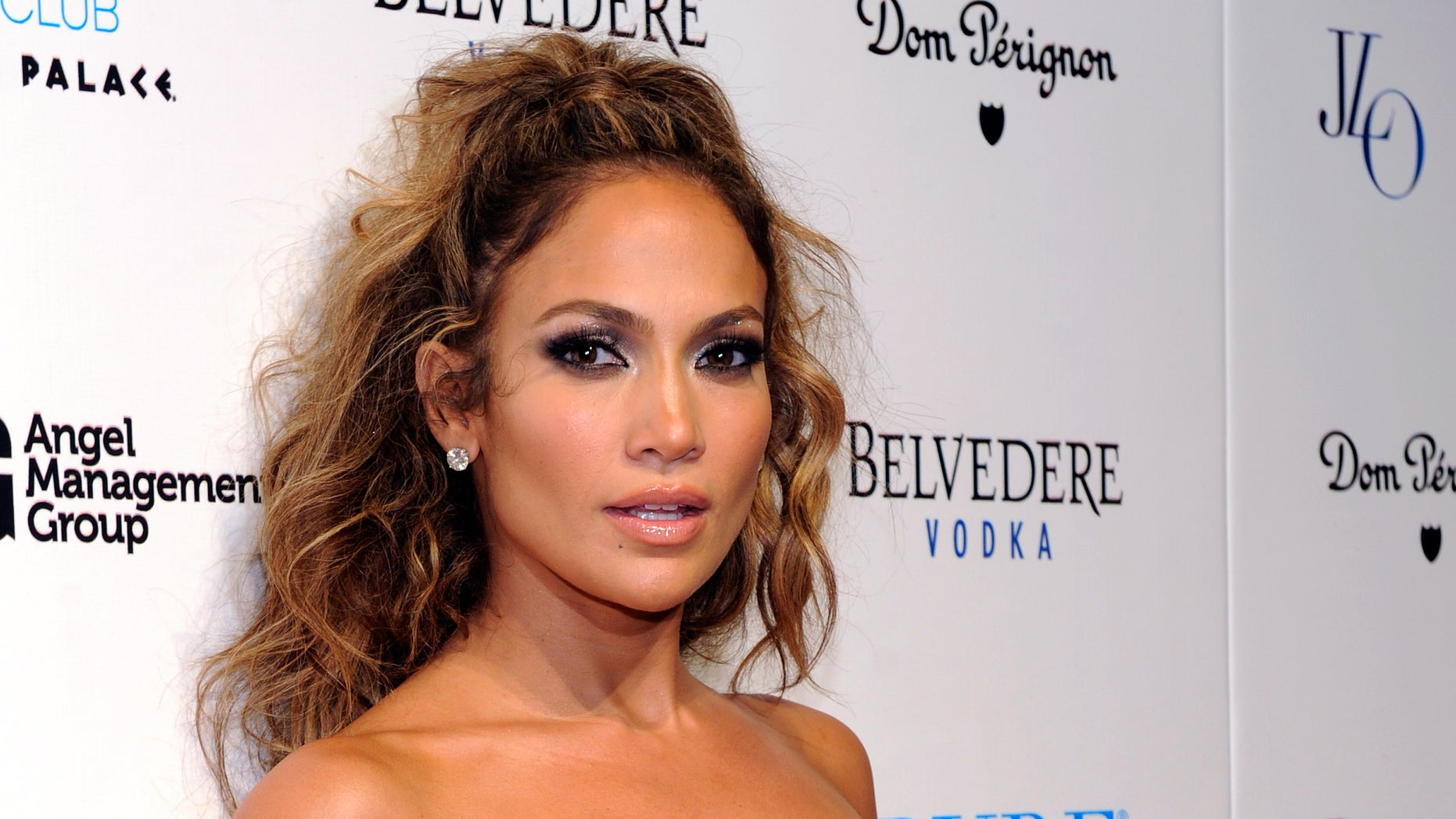 LAS VEGAS, NV - AUGUST 19:  Singer/actress Jennifer Lopez arrives at a post concert party at the Pure Nightclub at Caesars Palace early August 19, 2012 in Las Vegas, Nevada.  (Photo by David Becker/Getty Images)