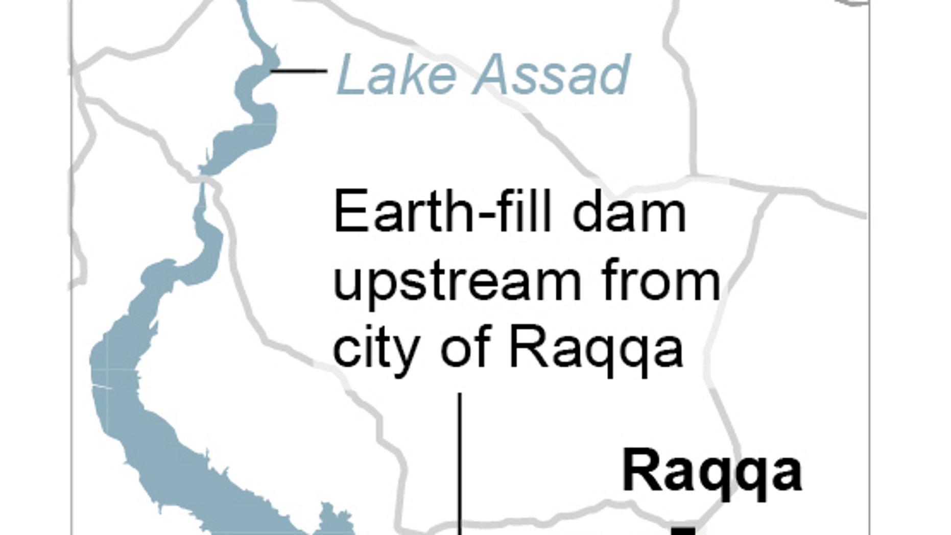 Islamic State warns Syrian dam at risk, evacuates residents