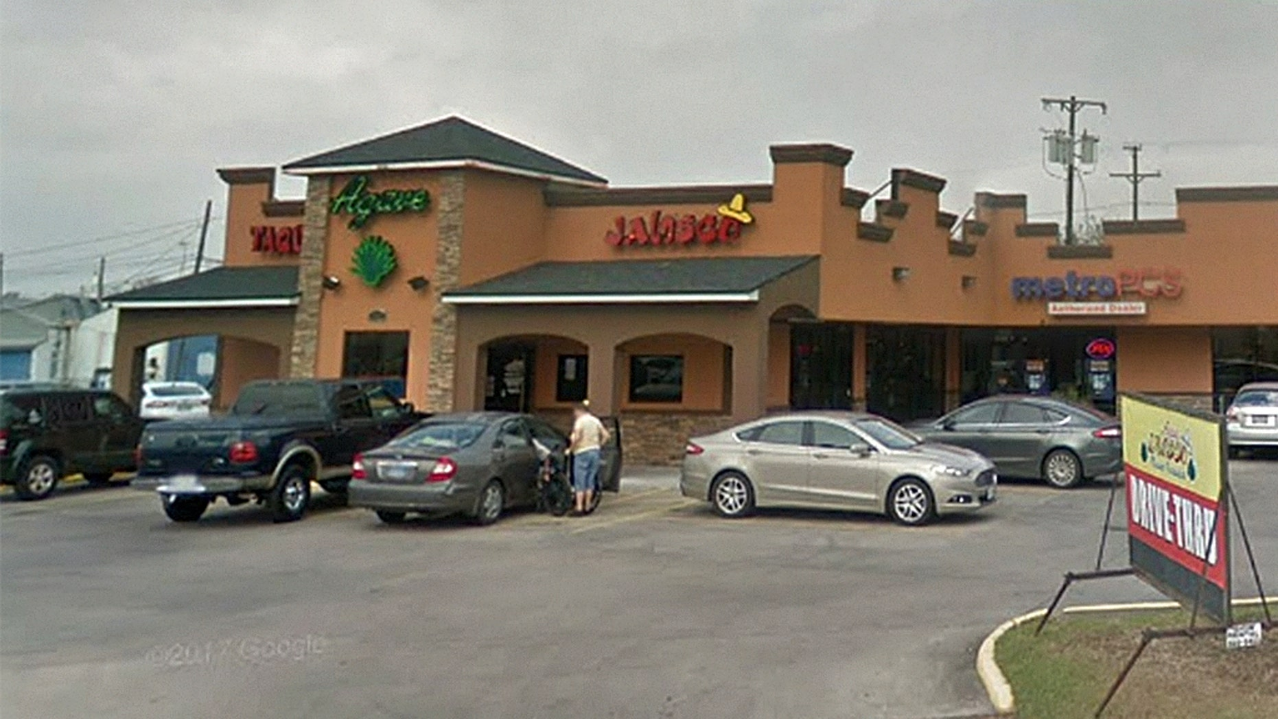 A restaurant in Corpus Christi, Texas, has apologized to a family after a server allegedly used a derogatory slur.