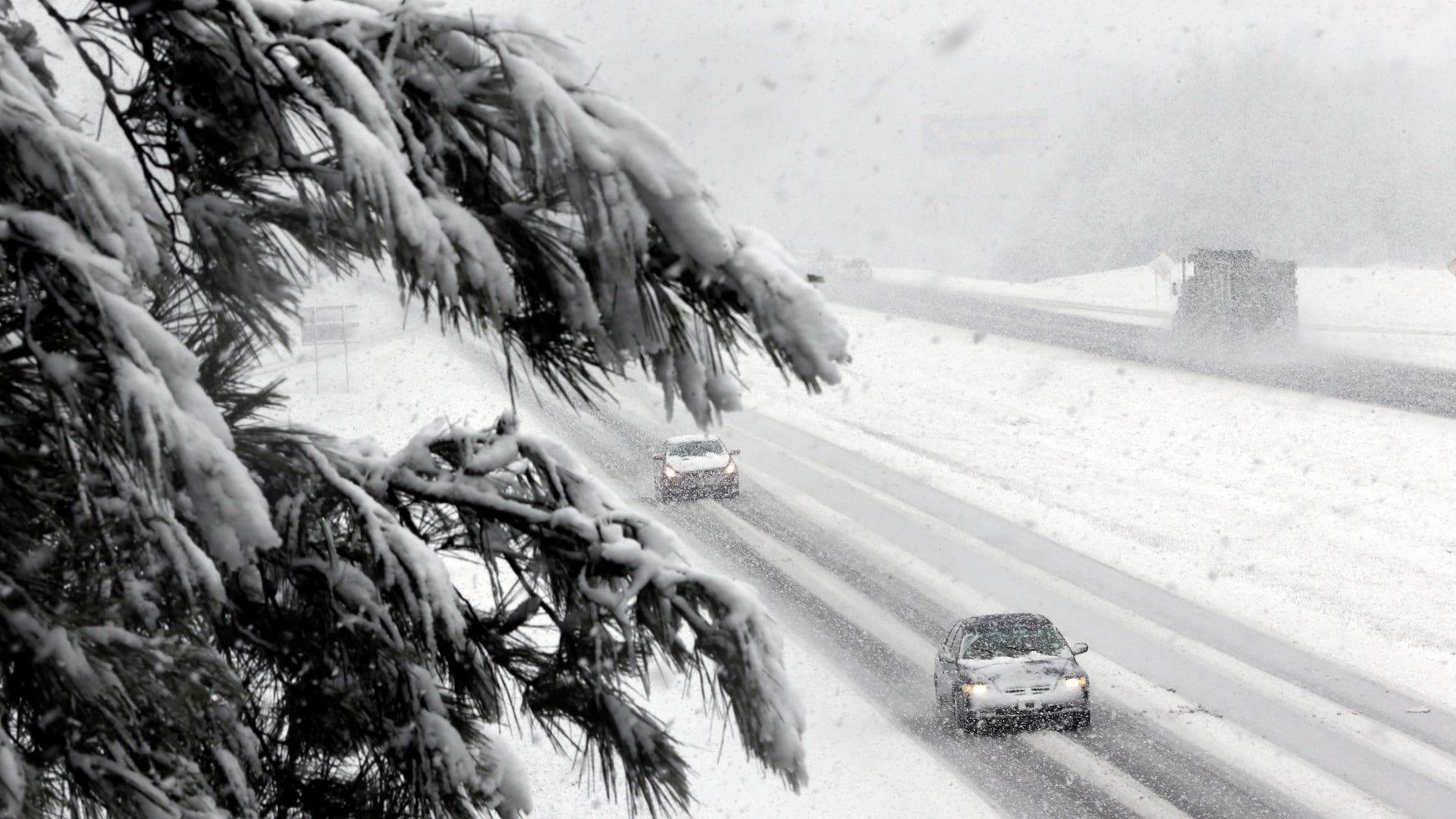 Jan. 17, 2013: Heavy fall snows along Interstate-65 in Hartselle, Ala.