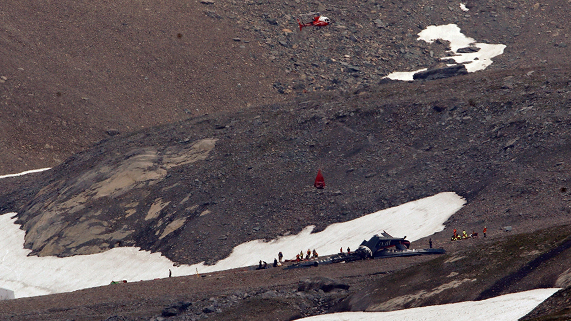 Police in southeastern Graubuenden canton (state) said a plane crashed Saturday on the Piz Segnas mountain above the Swiss Alpine resort of Flims, striking the mountain's western flank about 8,330 feet above sea level.