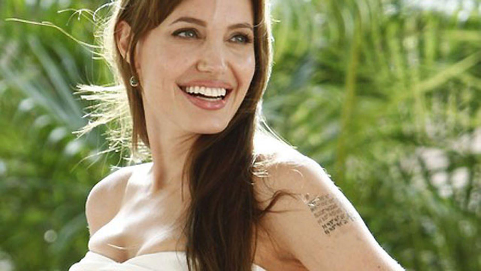 Angelina Jolie promoting 'Salt'