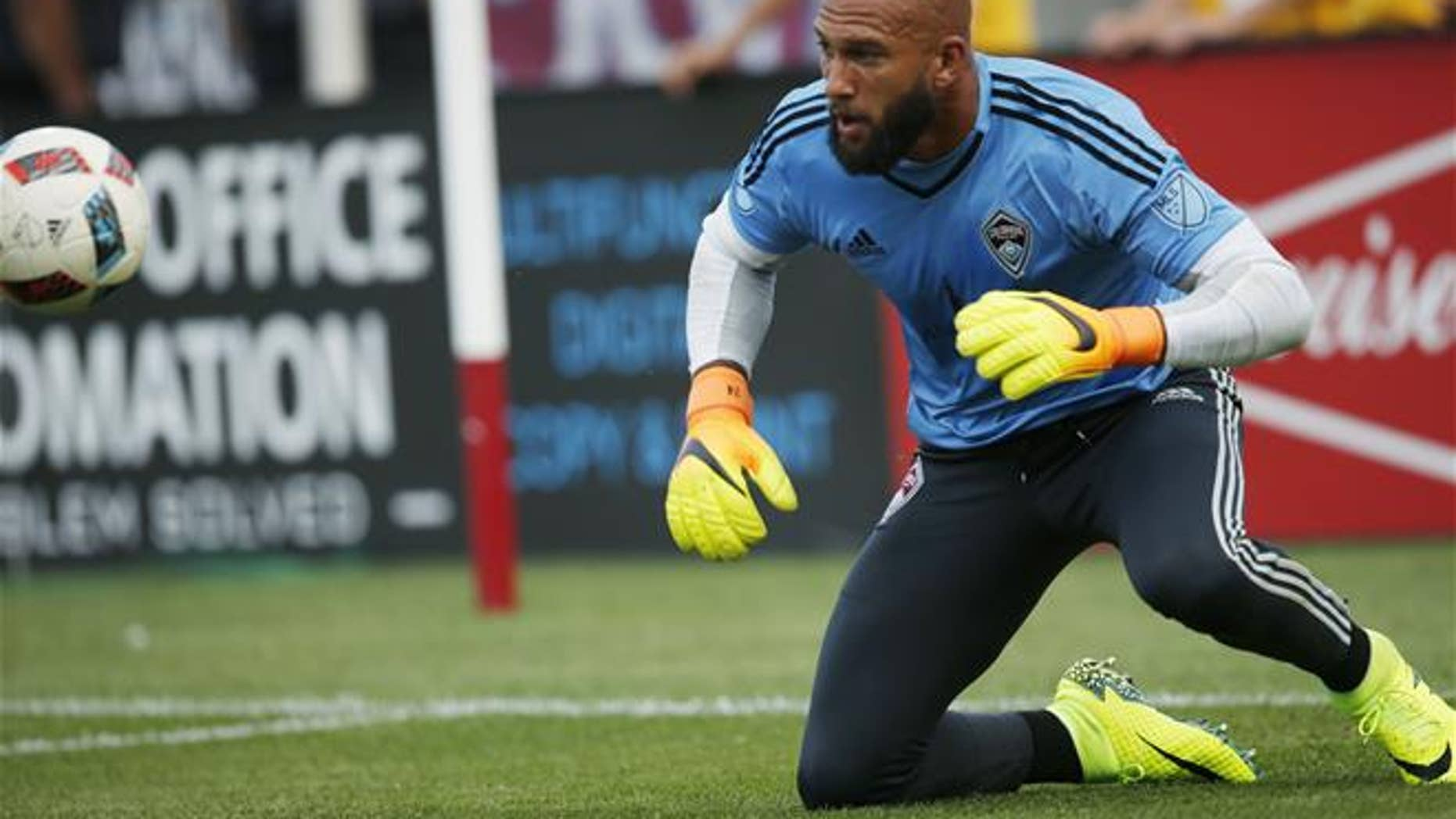 Colorado Rapids goalkeeper Tim Howard (1) warms up before the first half of a Major League Soccer match Monday, July 4, 2016, in Commerce City, Colo.