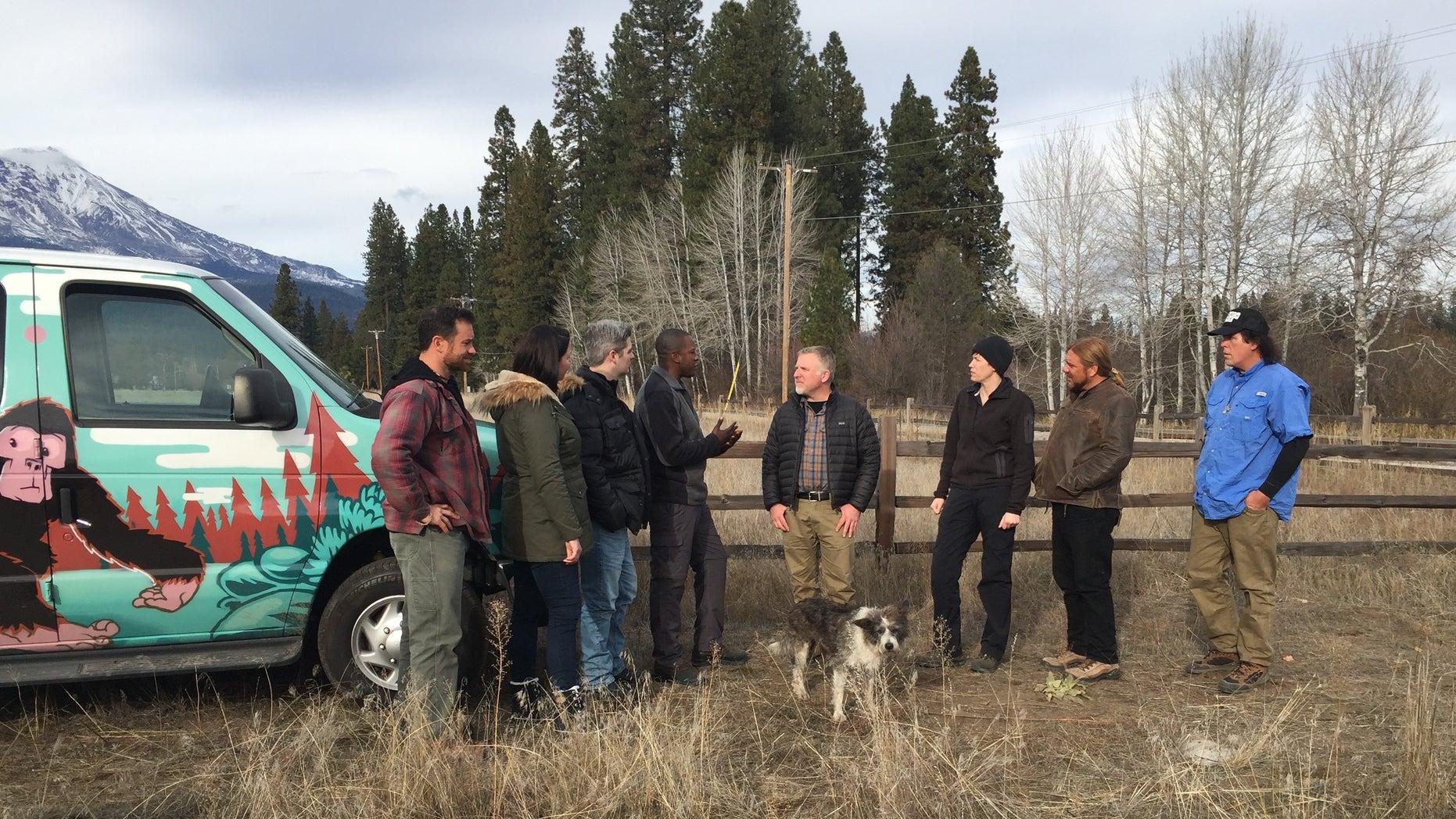Cliff, Ranae, Matt, and Bobo team up with the Supernatural Bigfoot Crew to investigate strange sightings near Mt. Shasta.